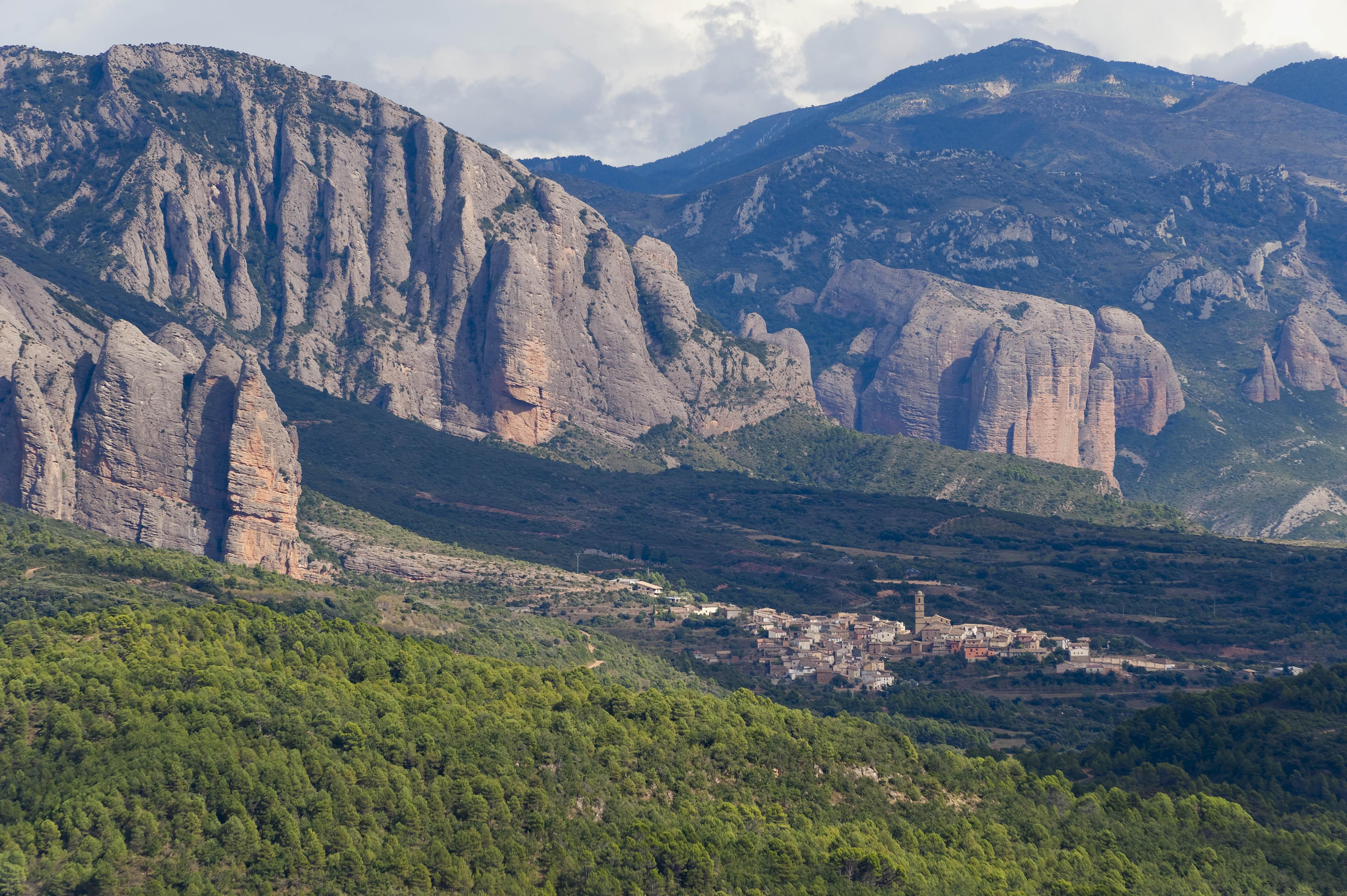 3496_Mallos de  Riglos (Aragon)