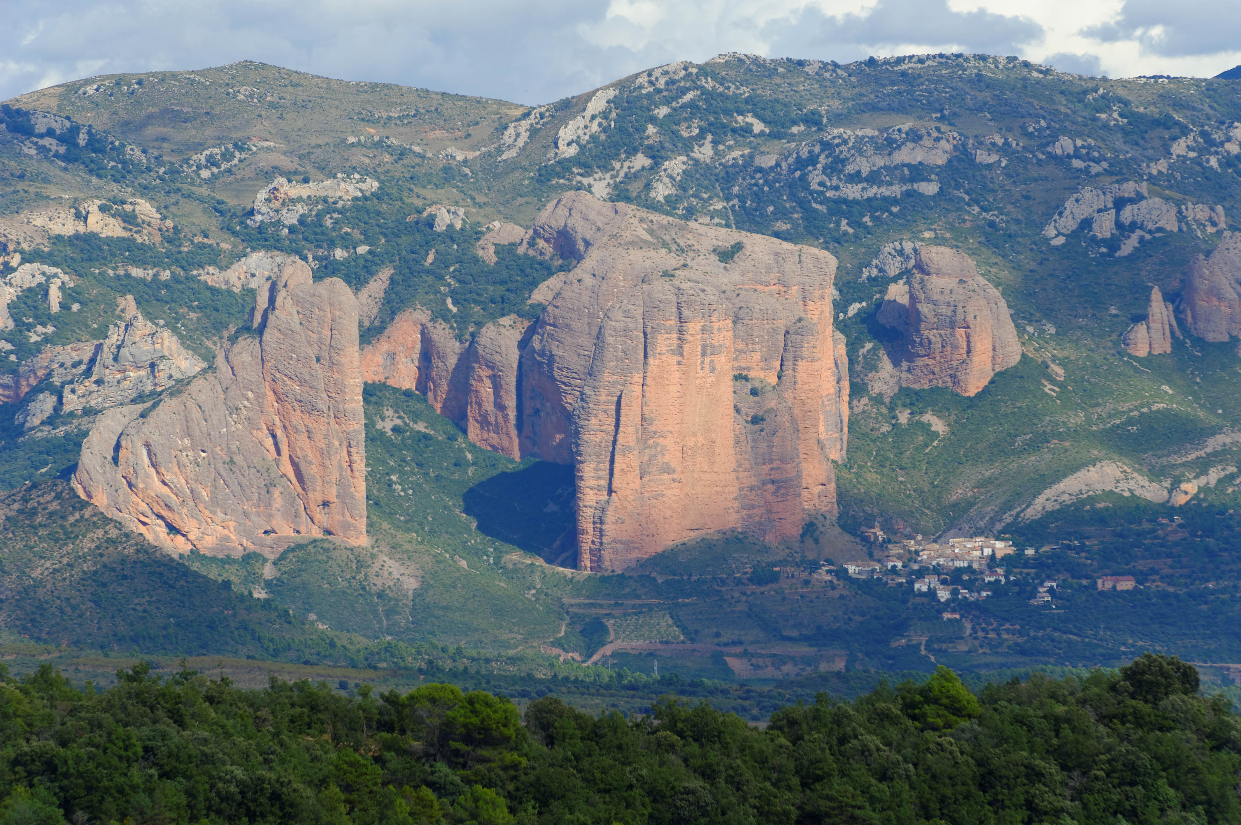 3503_Mallos de  Aguero (Aragon)