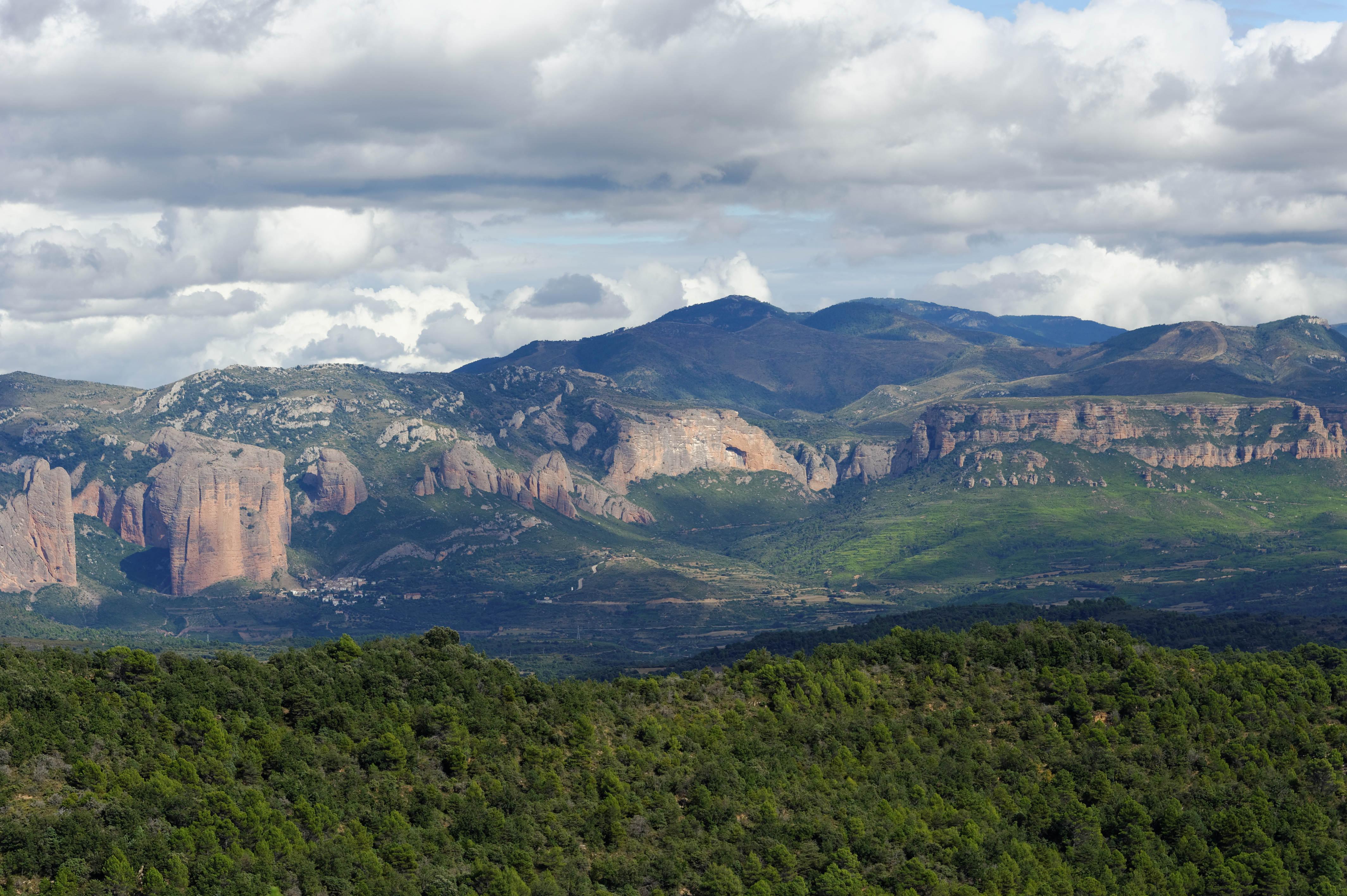 3505_Mallos de  Aguero (Aragon)