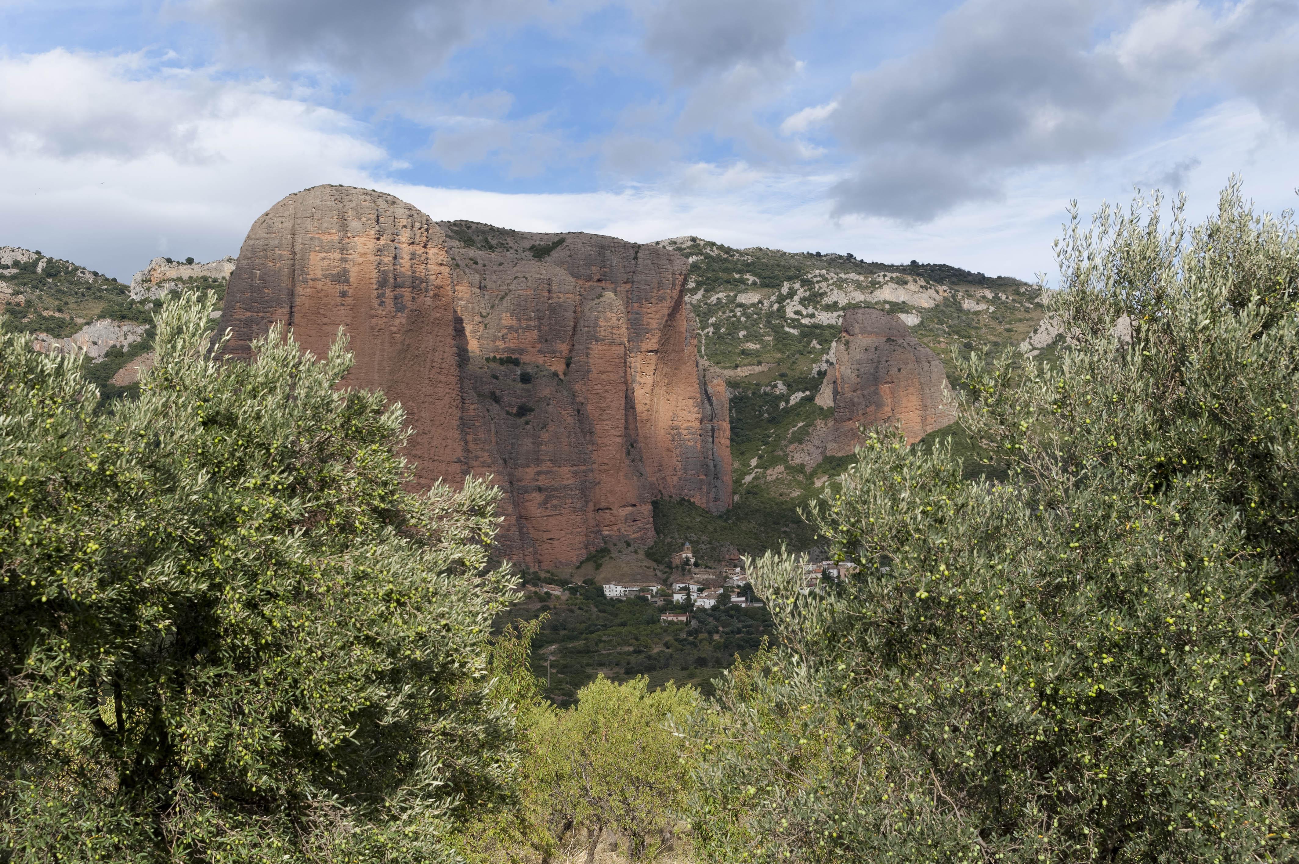 3554_Mallos de Riglos (Aragon)