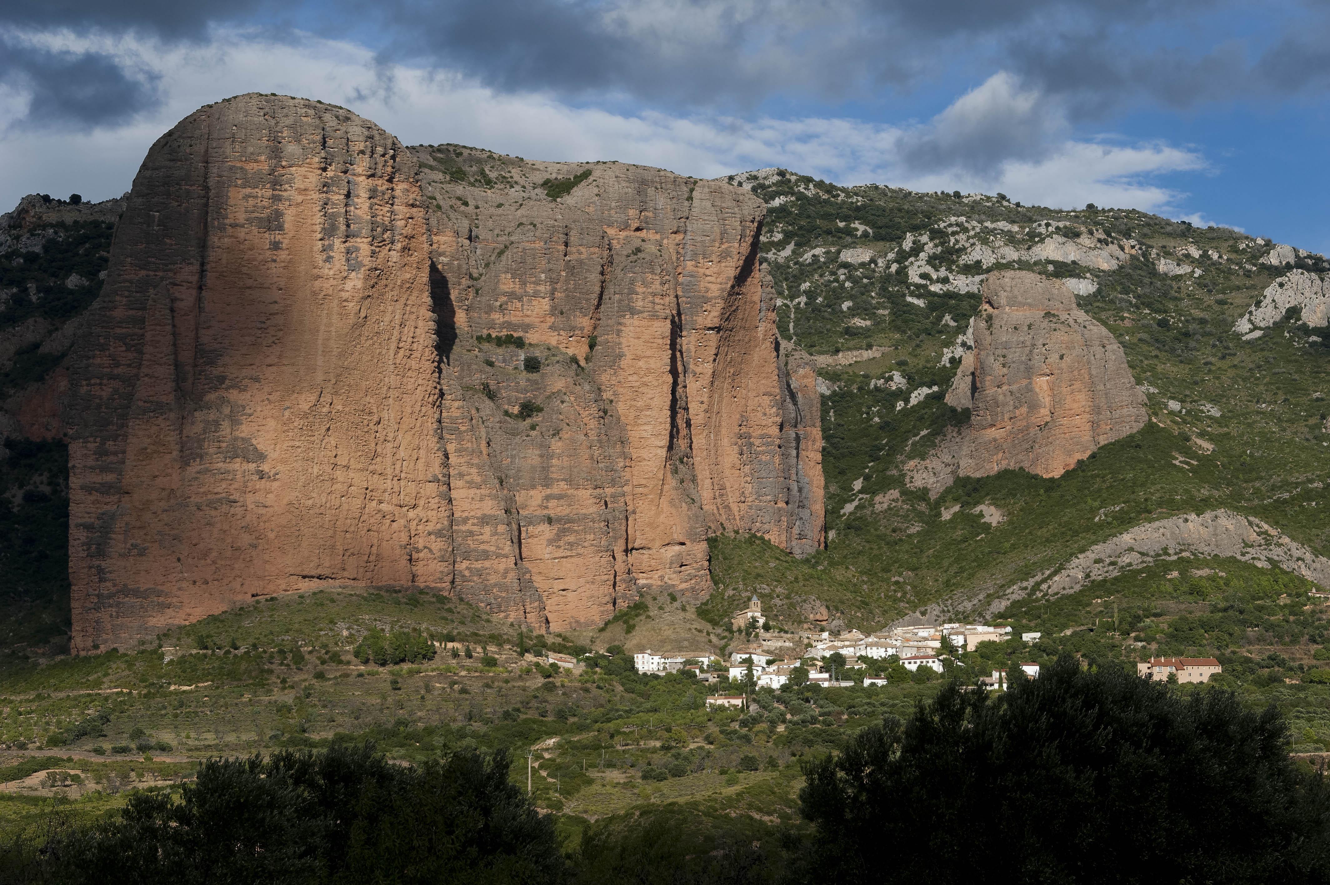 3562_Mallos de Riglos (Aragon)