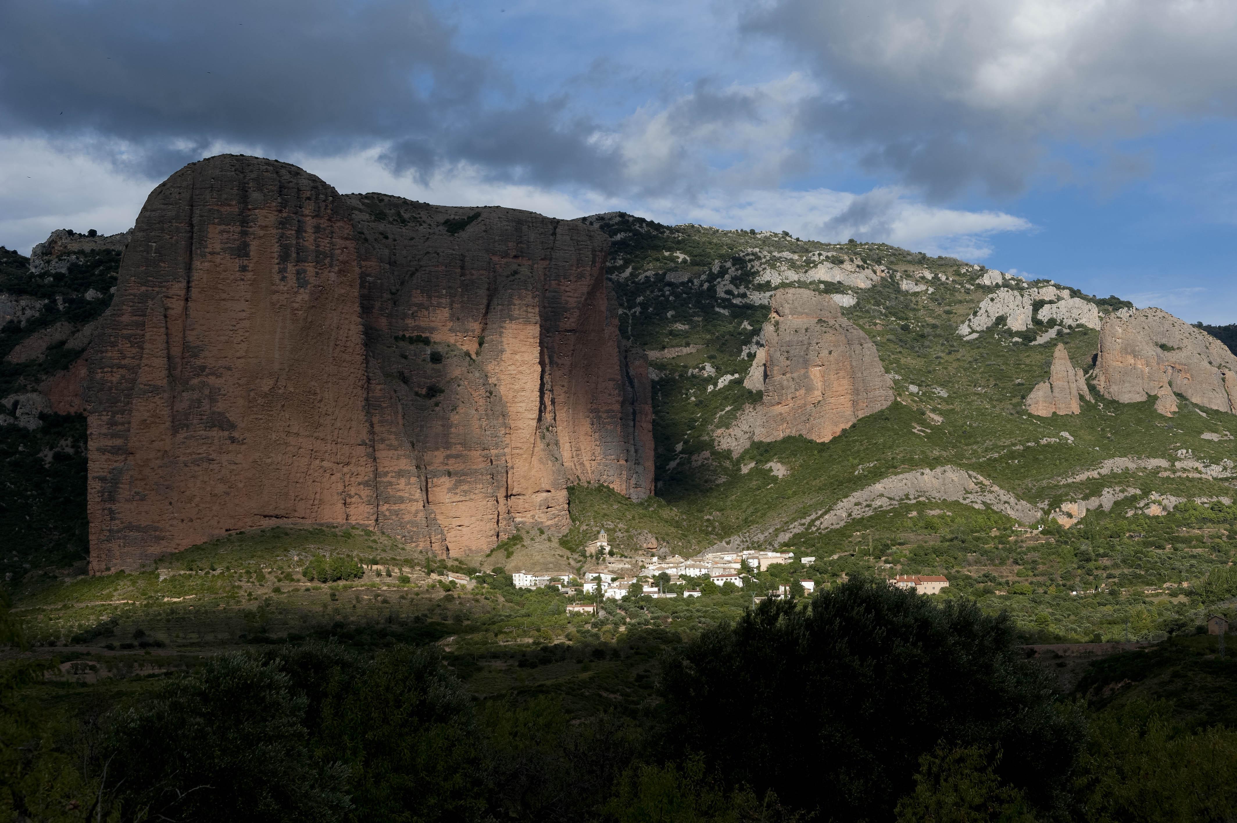 3565_Mallos de Riglos (Aragon)