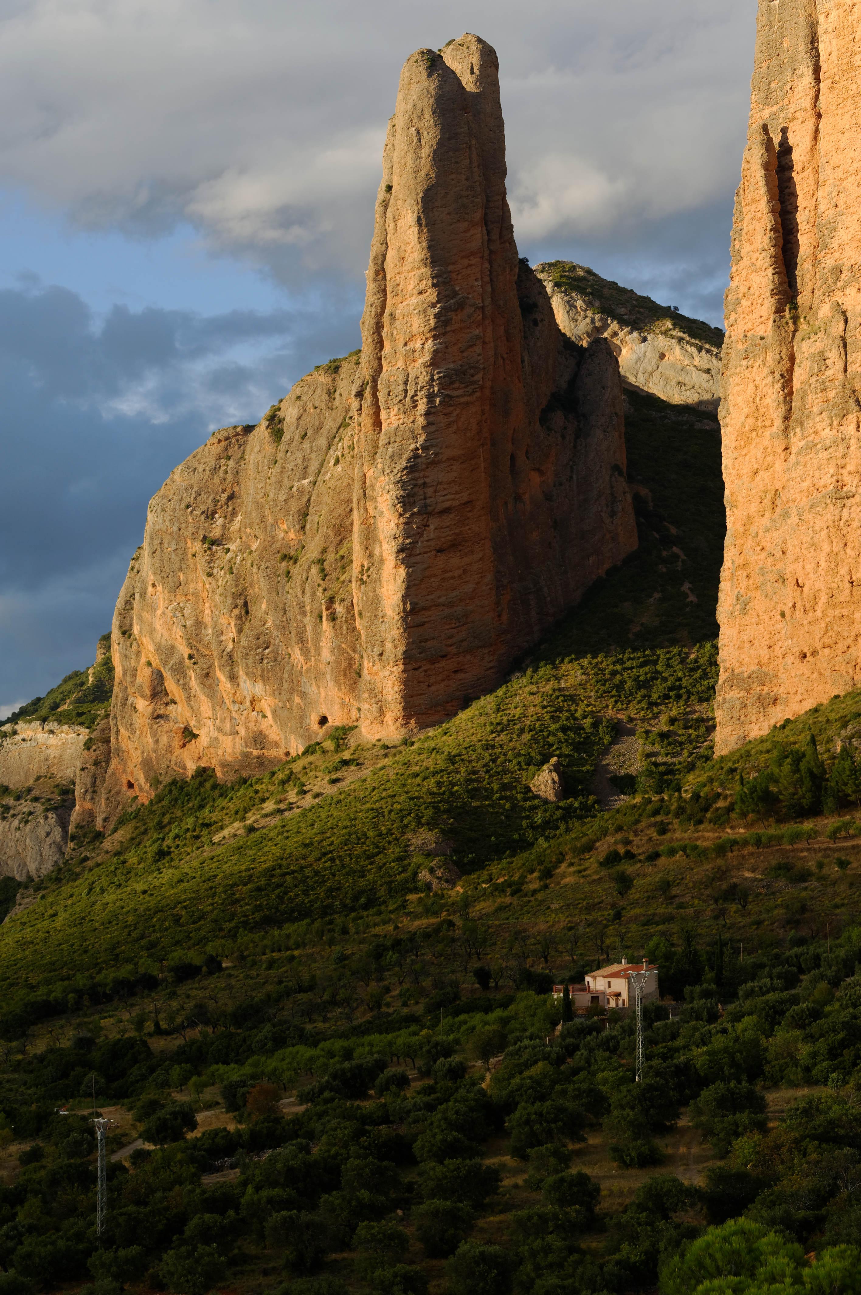3623_Mallos de Riglos (Aragon)