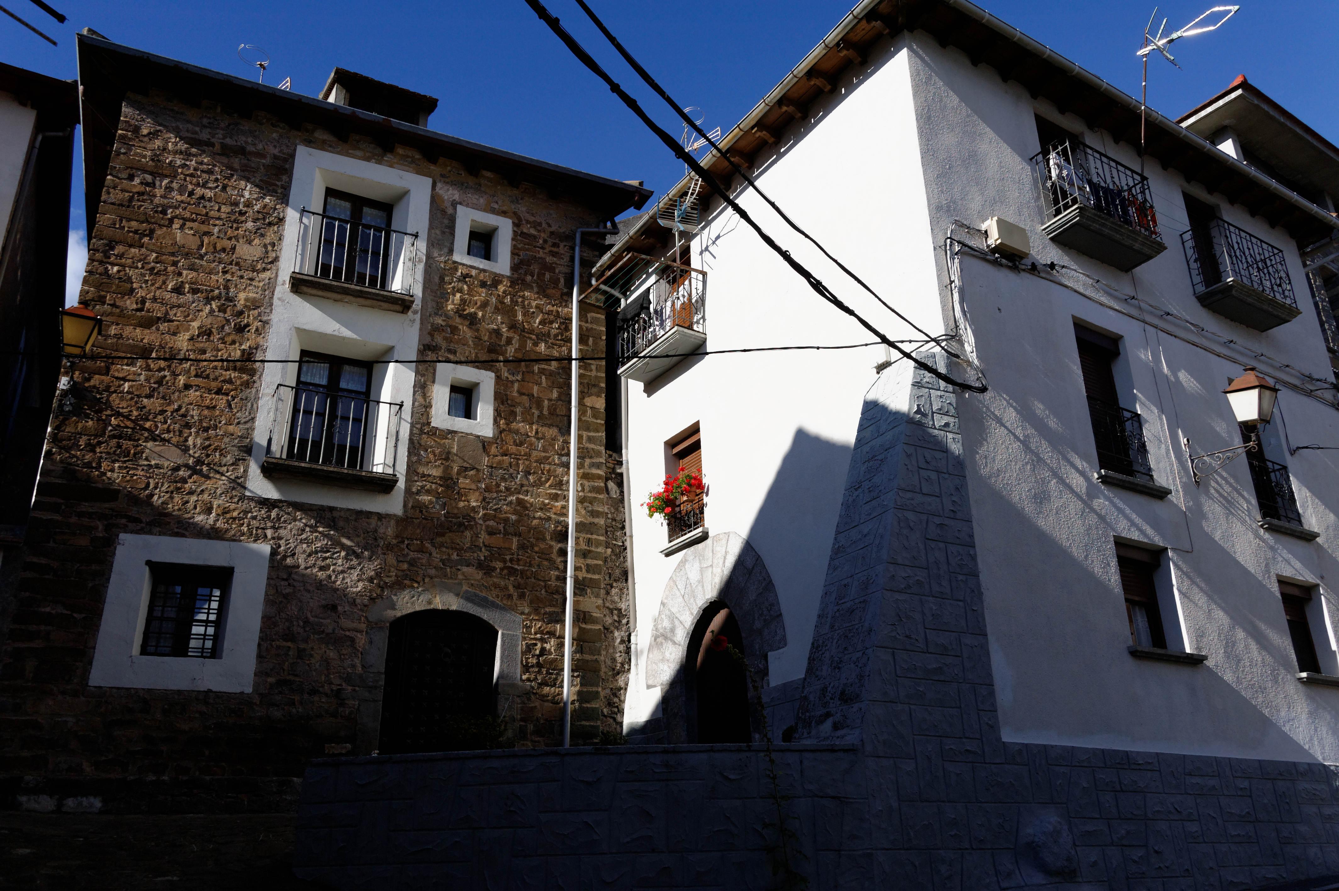 3825_Echo (Aragon)