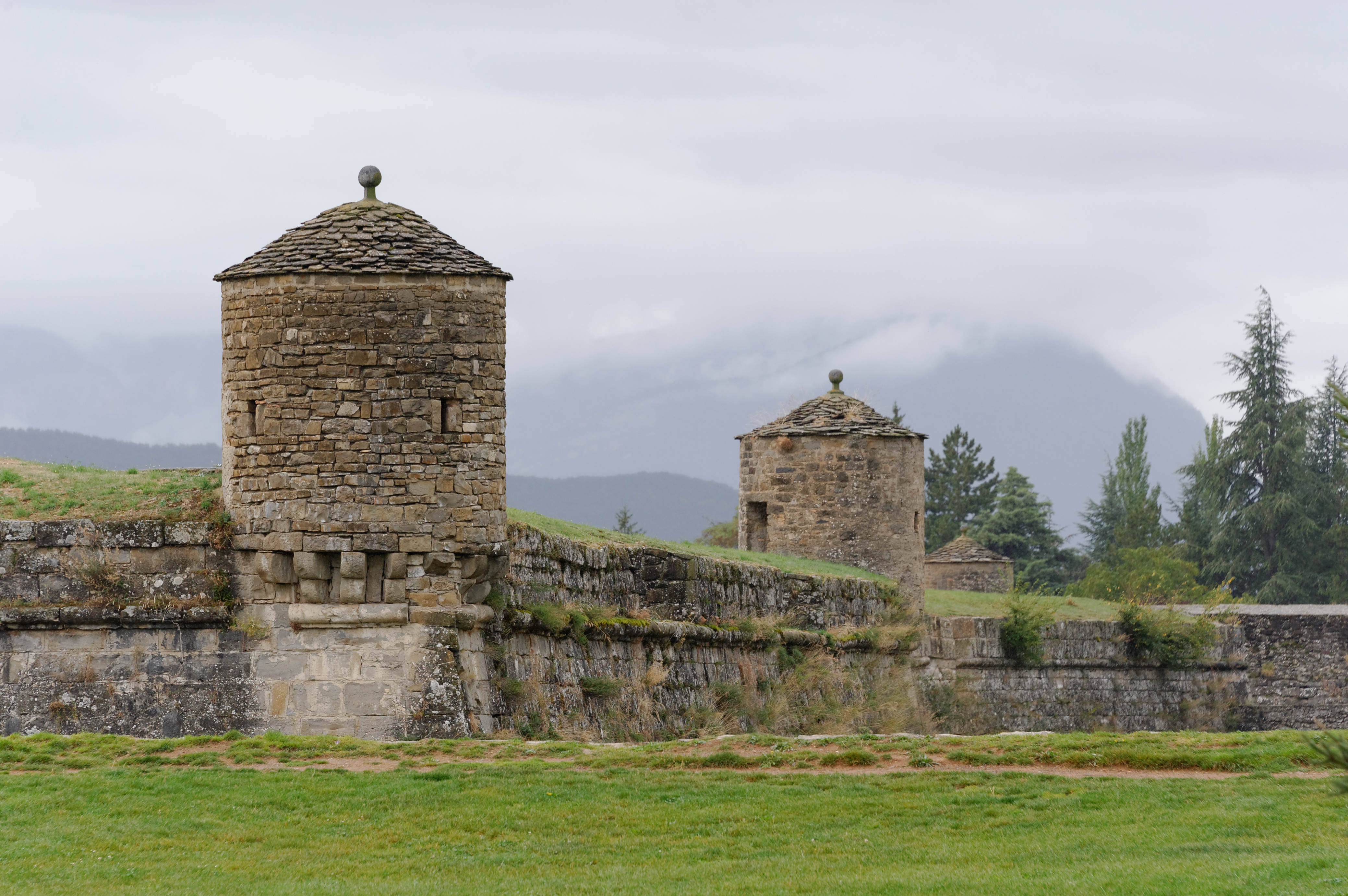 3923_Jaca (Aragon)