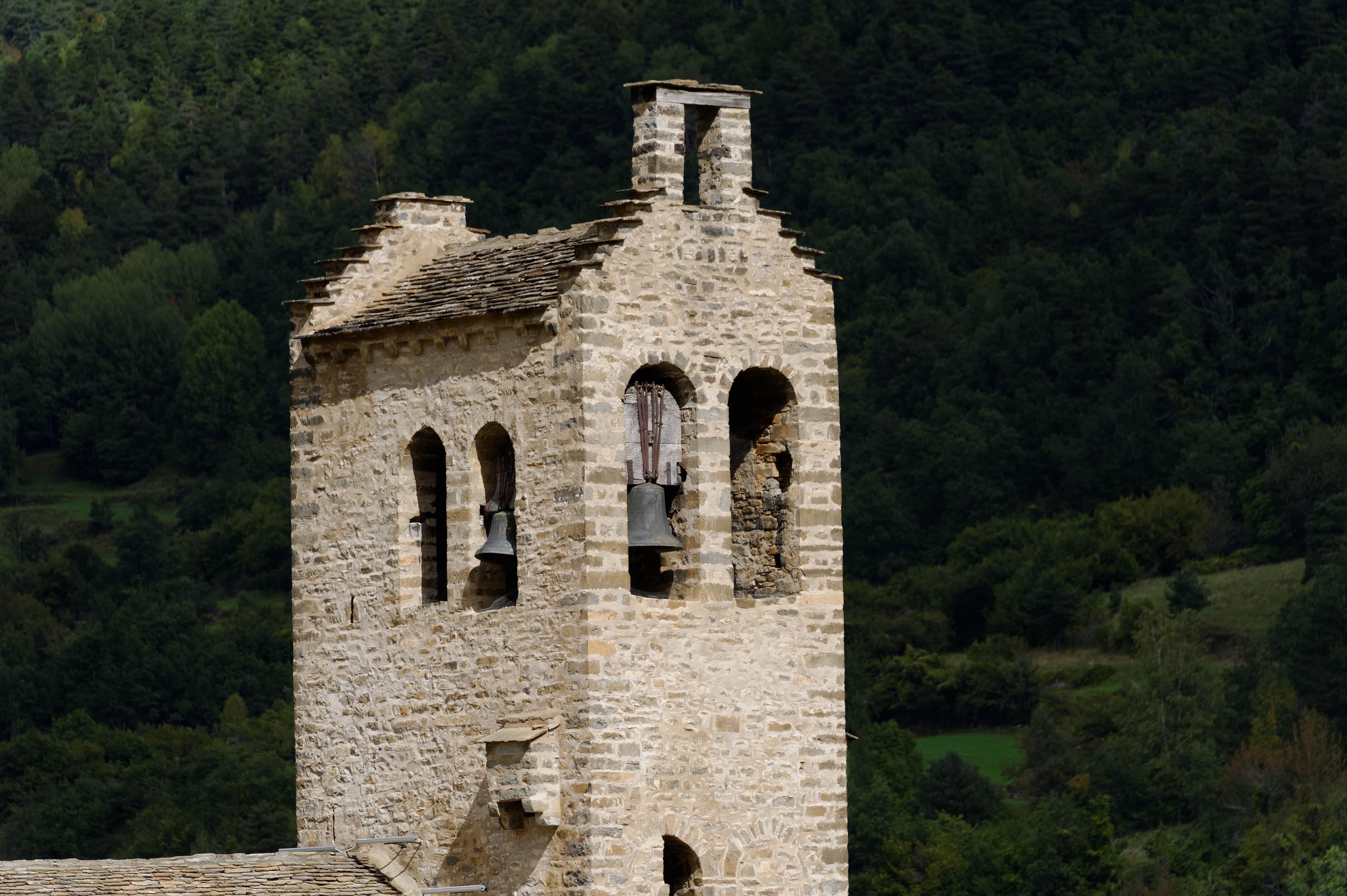 3959_Linas de Broto - Eglise San Miguel (Aragon)