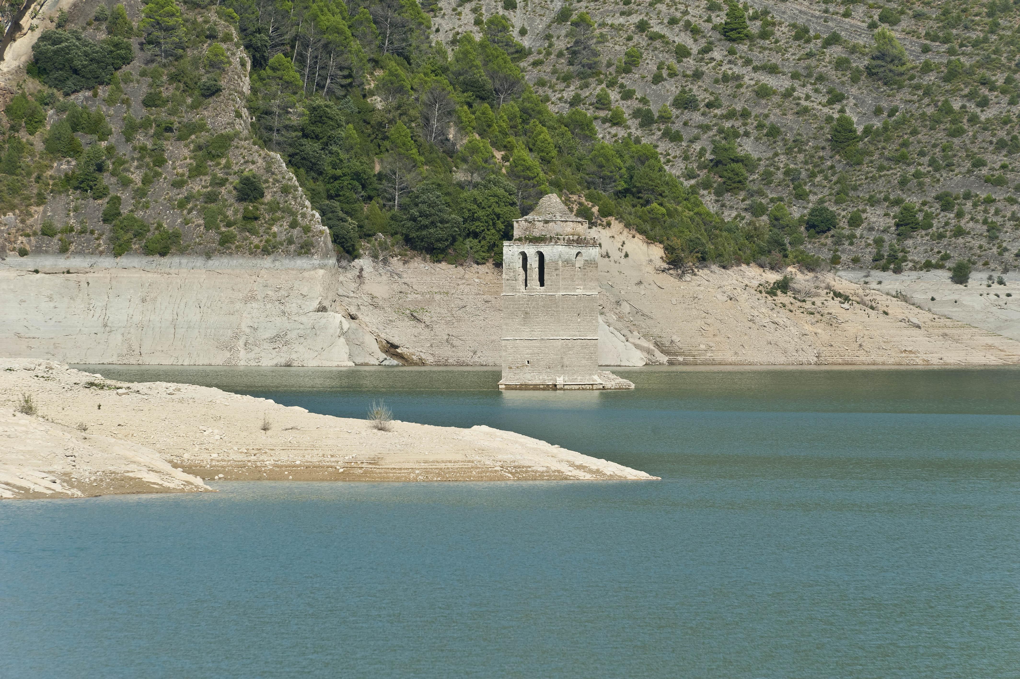 4210_retenue Lac del Grado (Aragon)