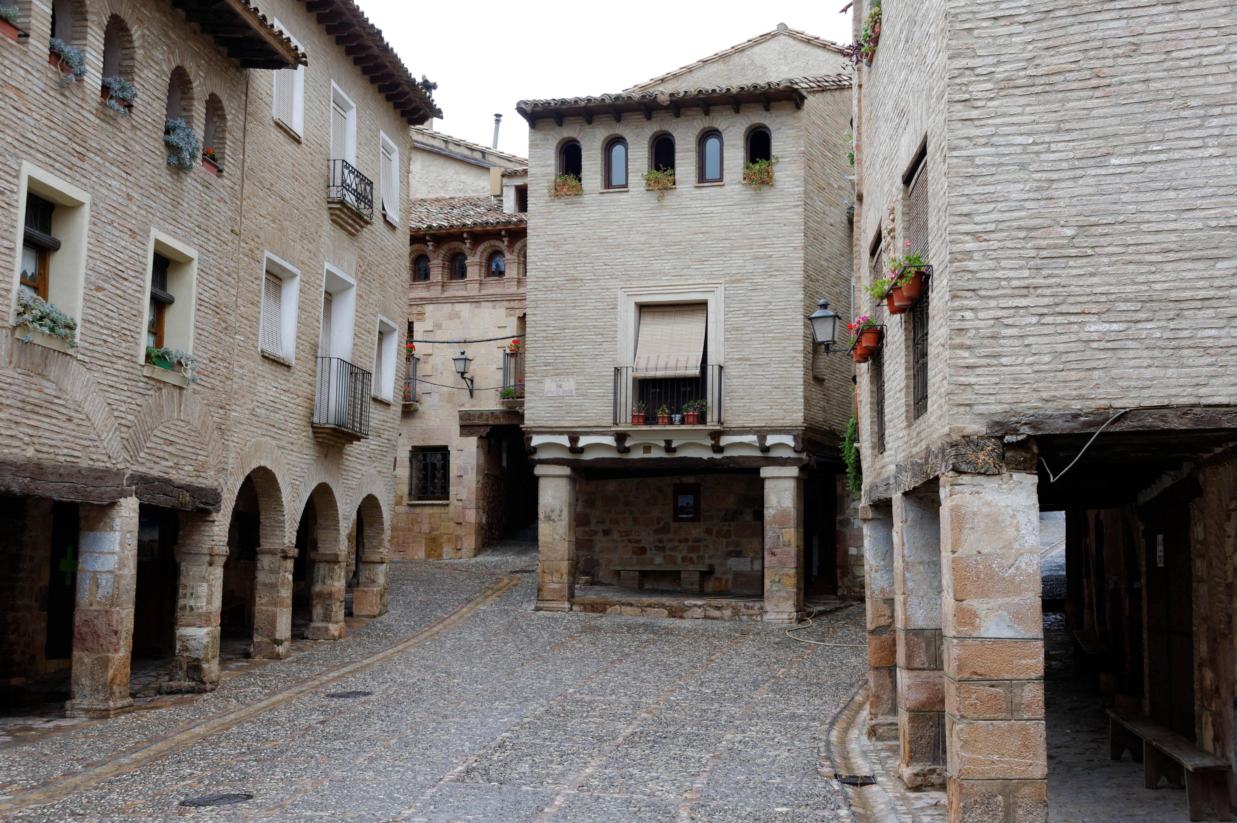 4273_Alquezar (Aragon)