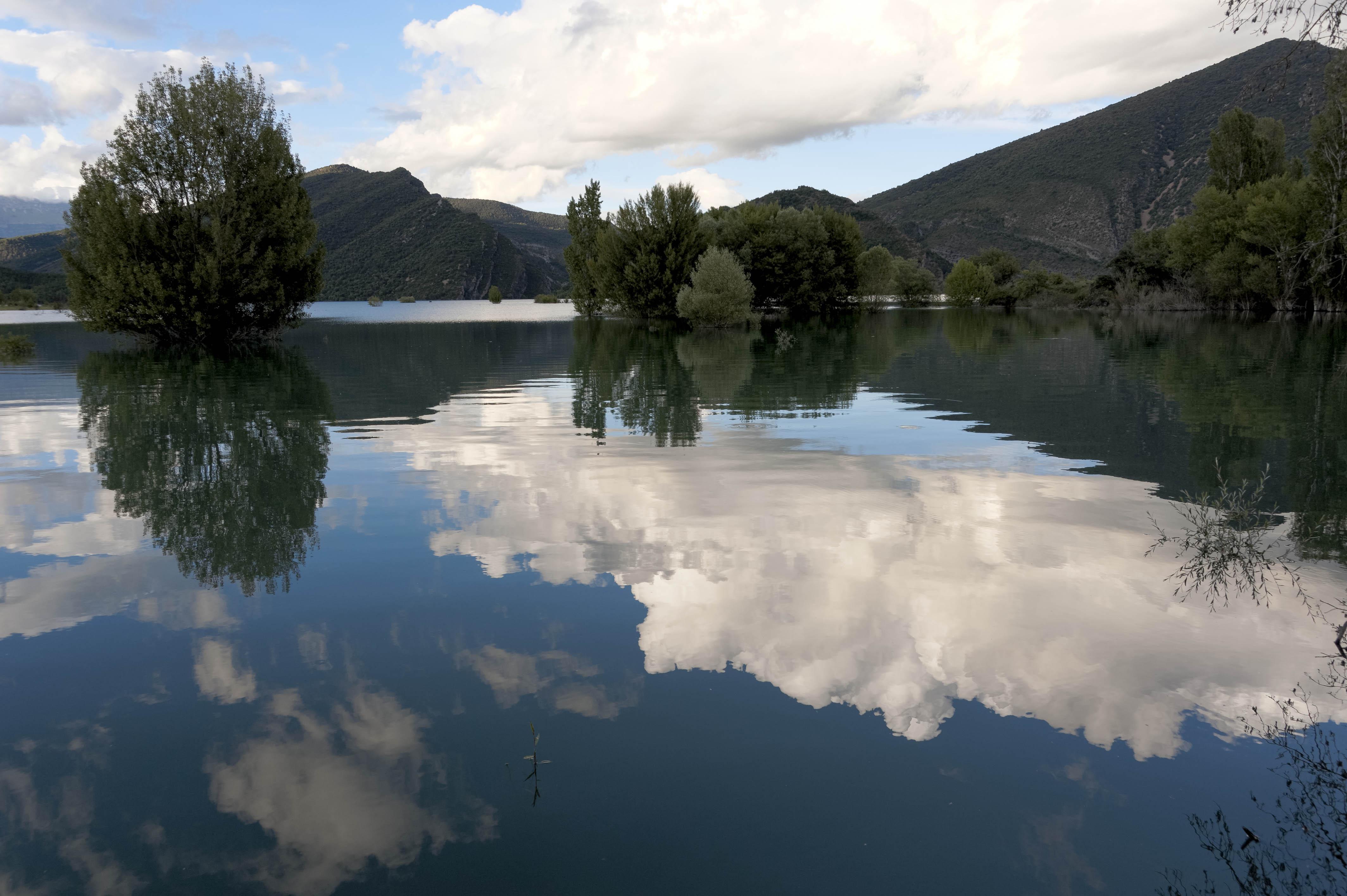 6526_Lac de Mediano (Sobrarbe)
