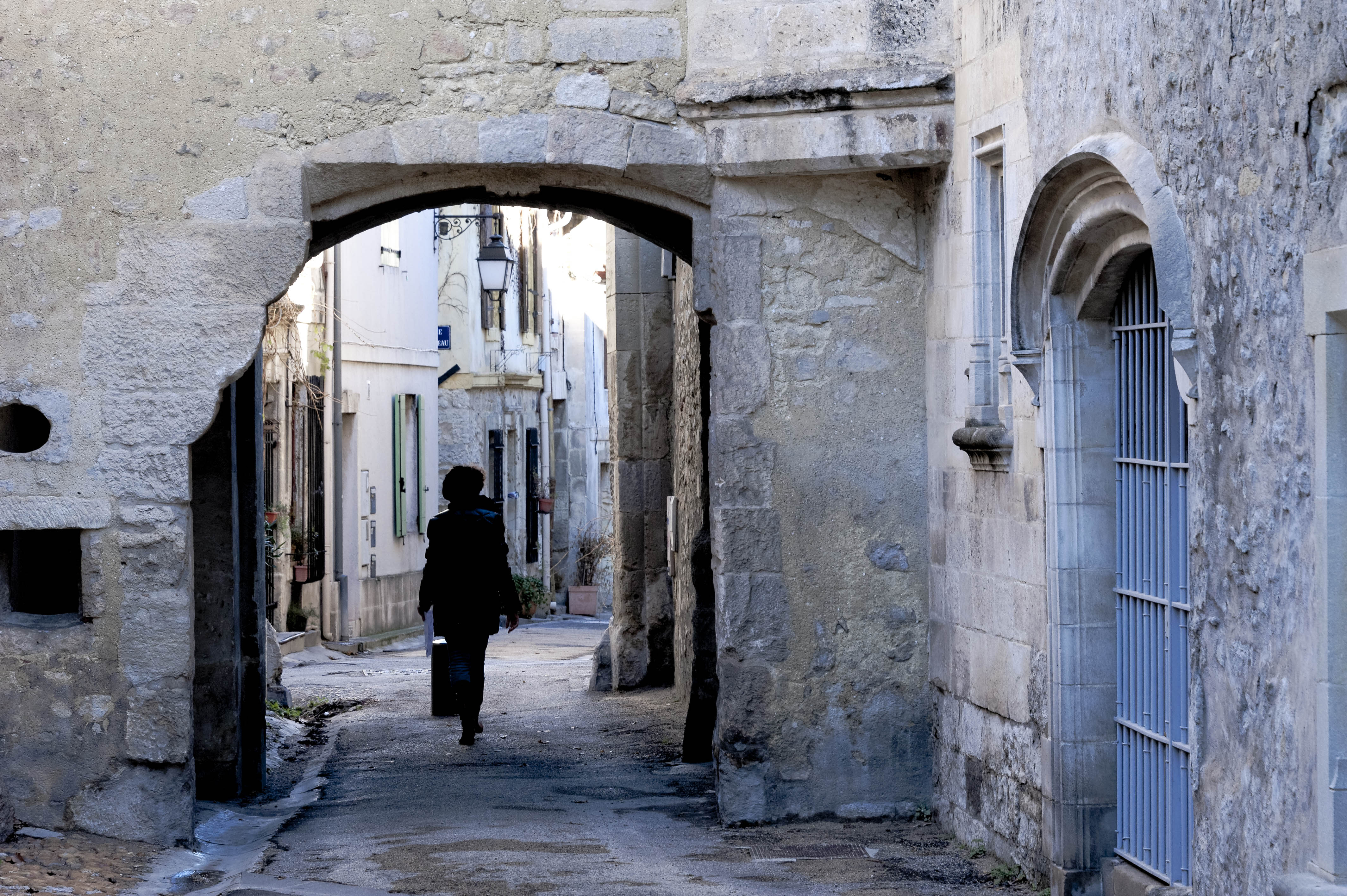 4826_Arles