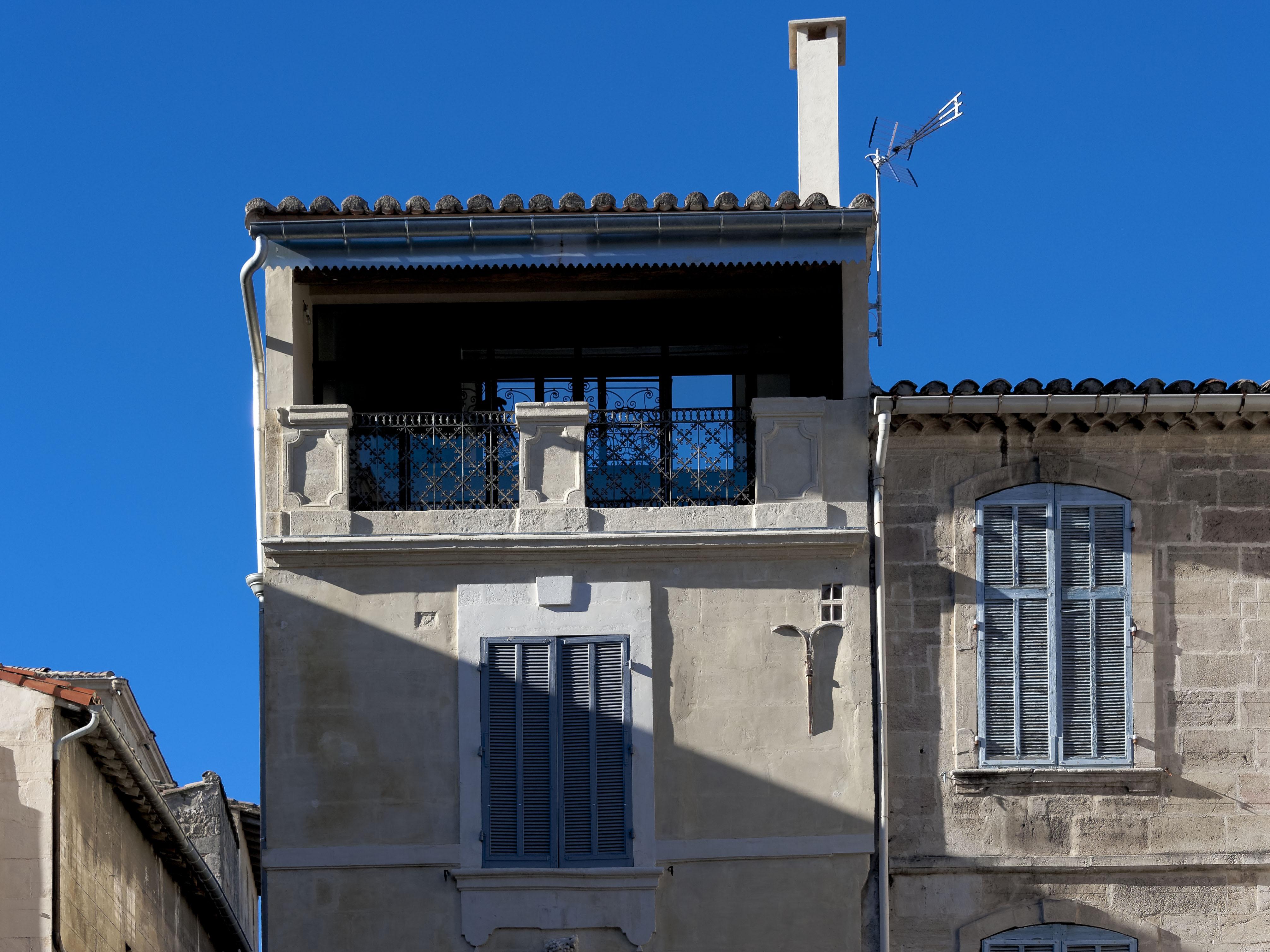 4860_Arles