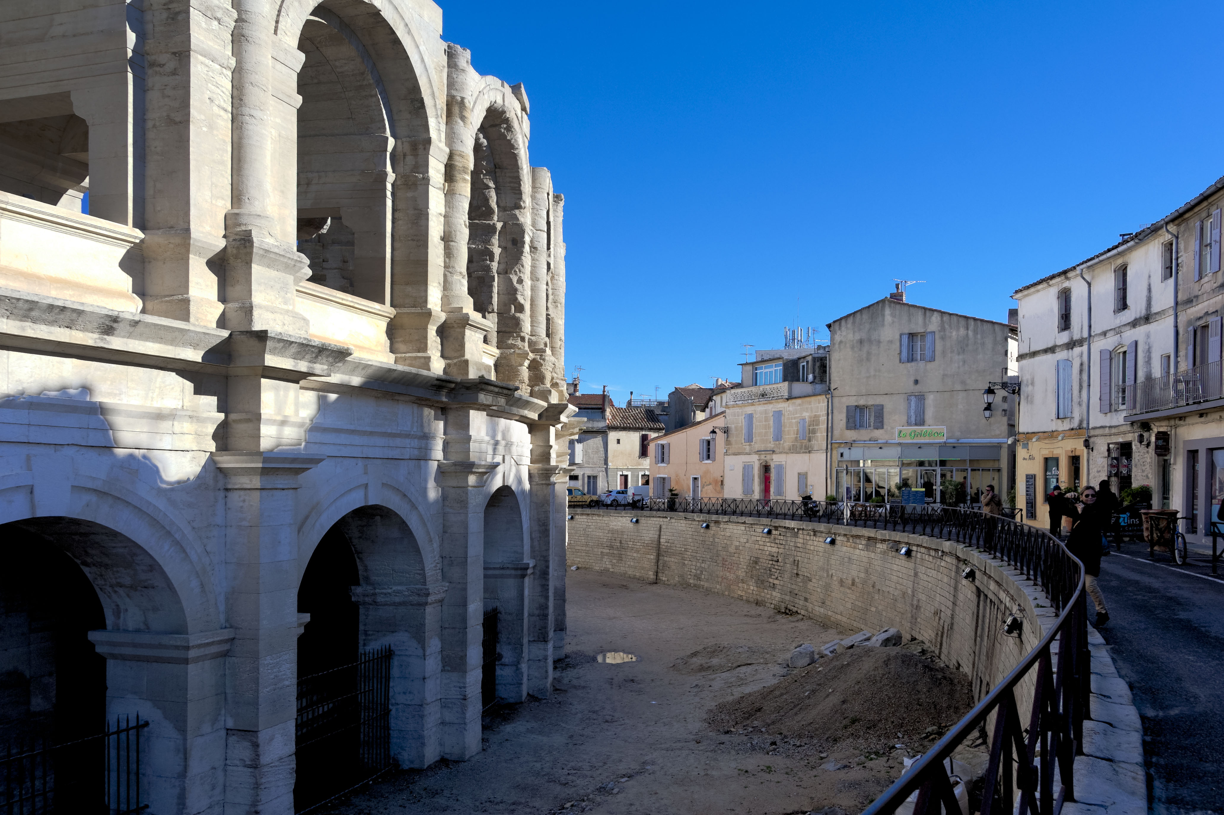4875_Arles