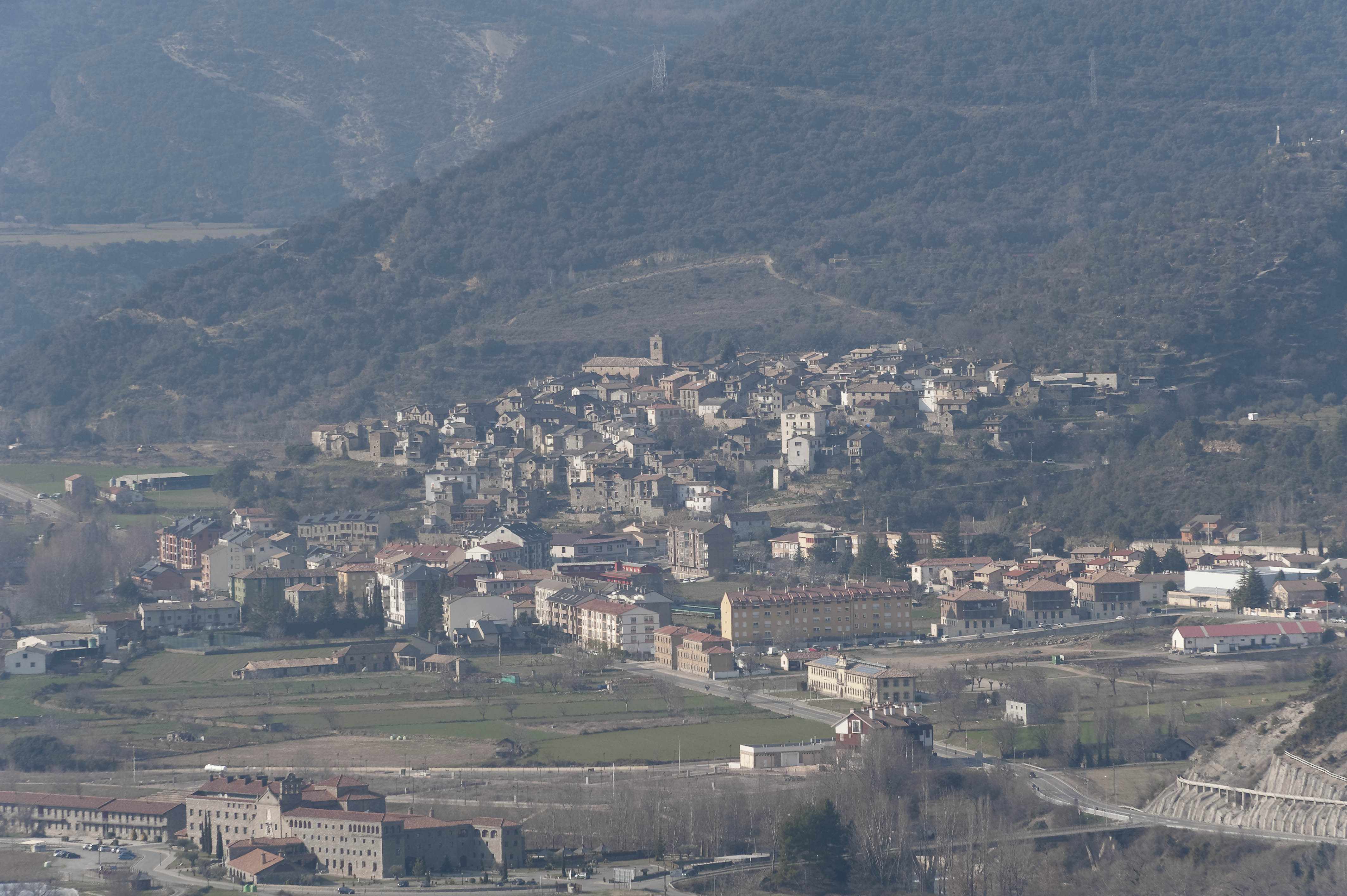 5343_Boltana vue de Guaso (Sobrarbe Aragon)