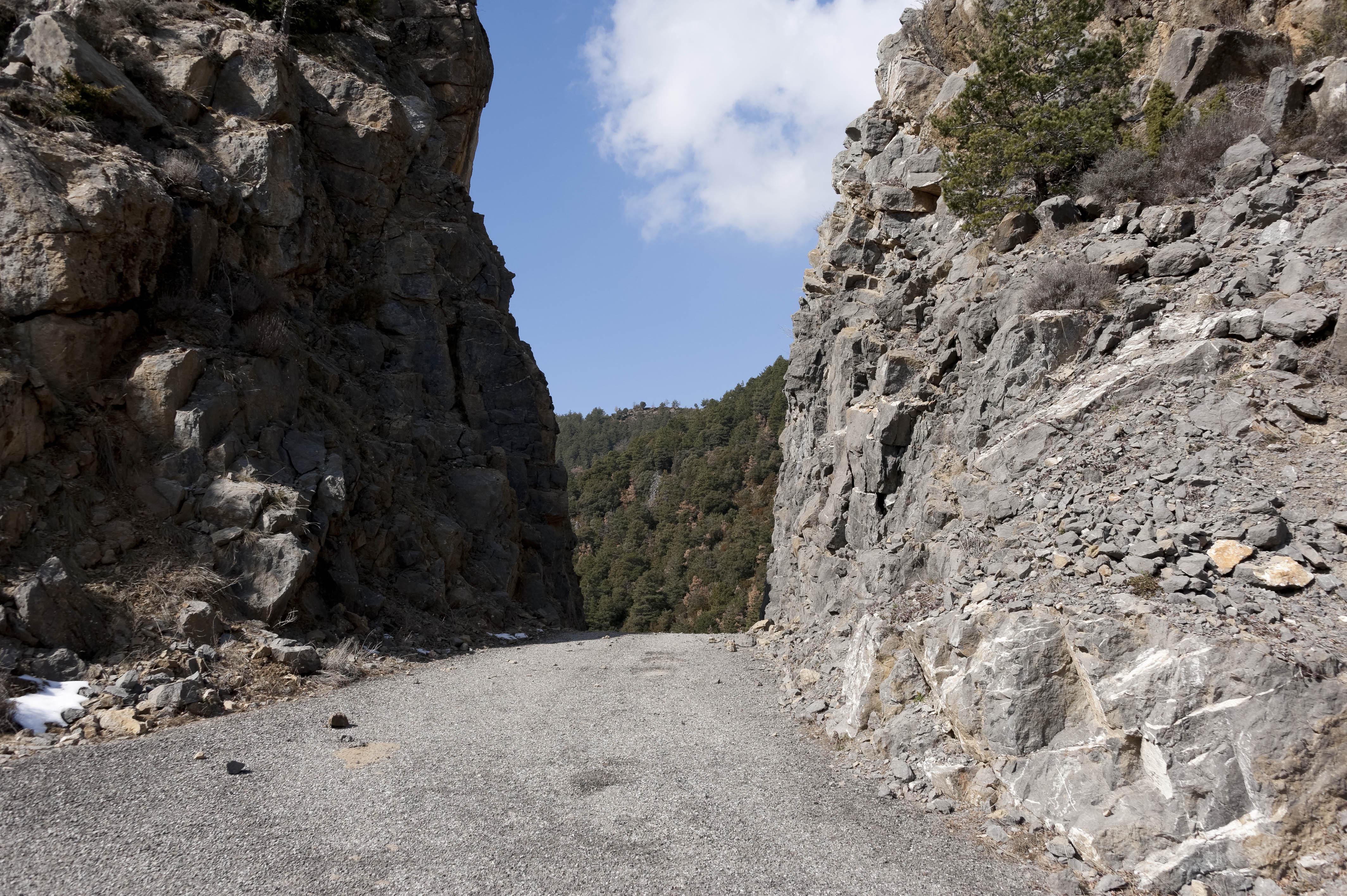5457_col entre Campol et Yebra (Sobrarbe Aragon)