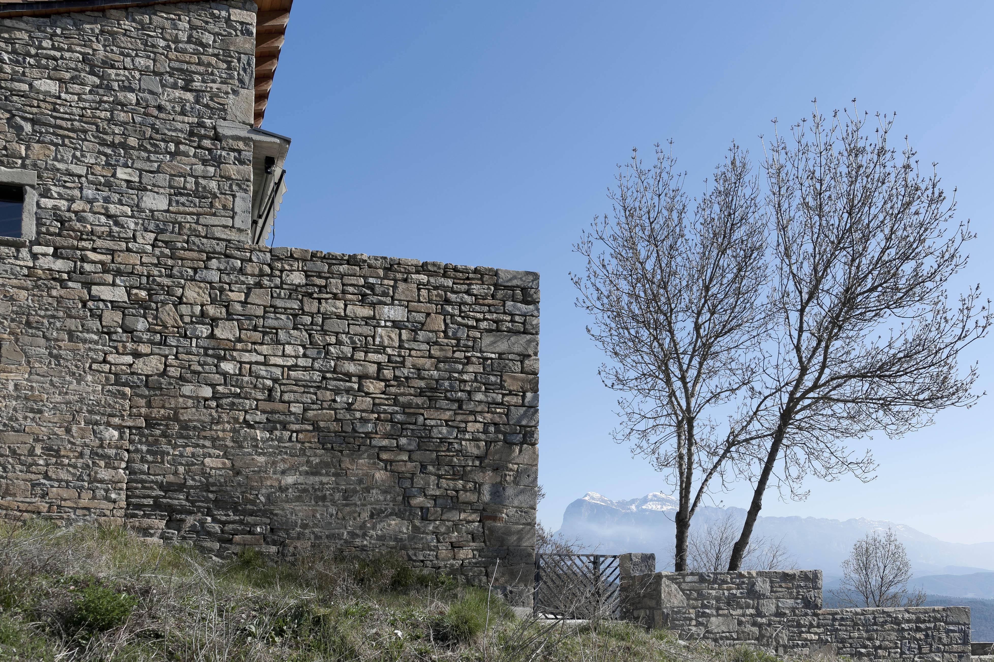 5709_Sieste (Sobrarbe Aragon)