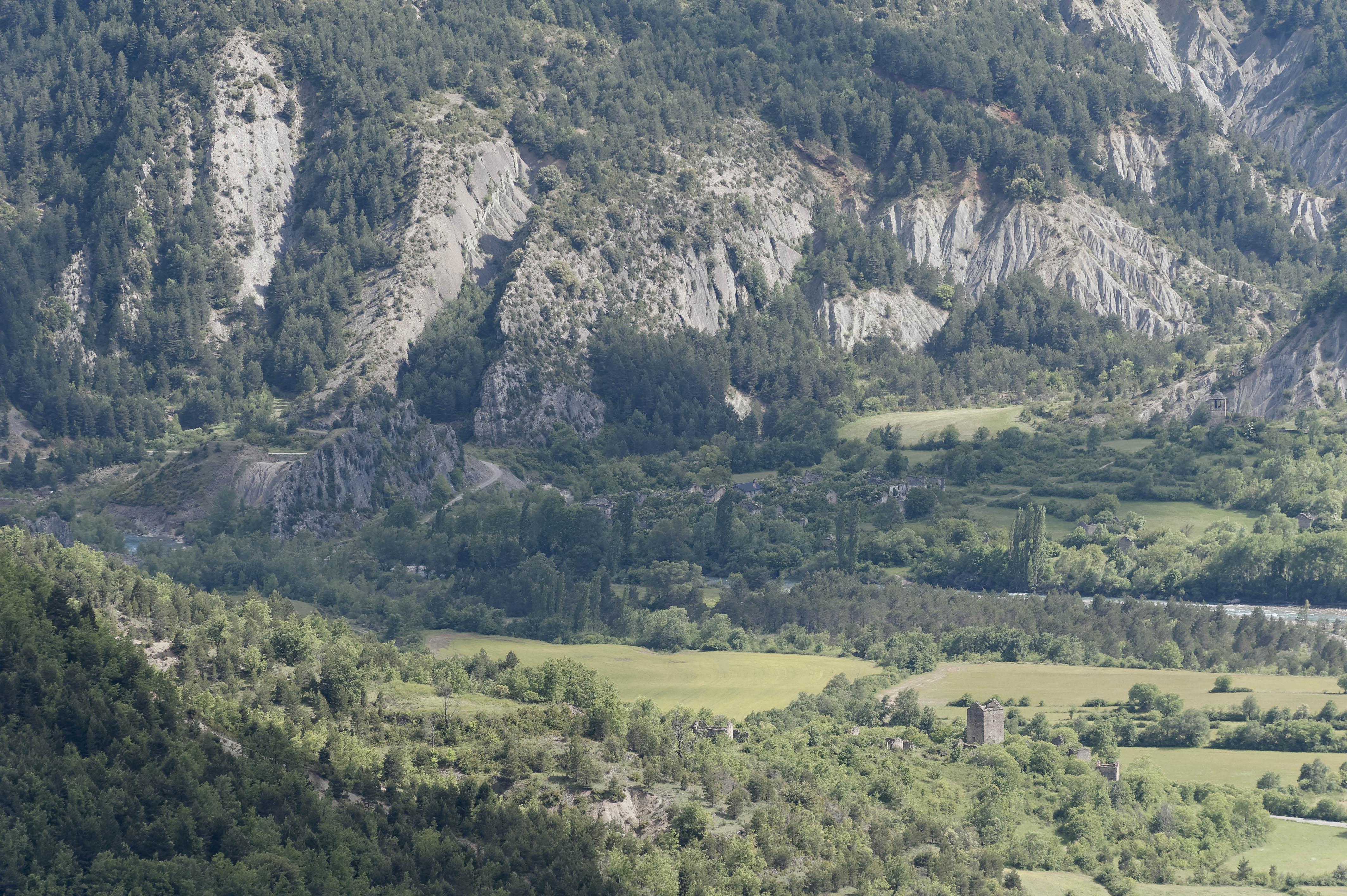 6439_vue de Campol (Sobrarbe)