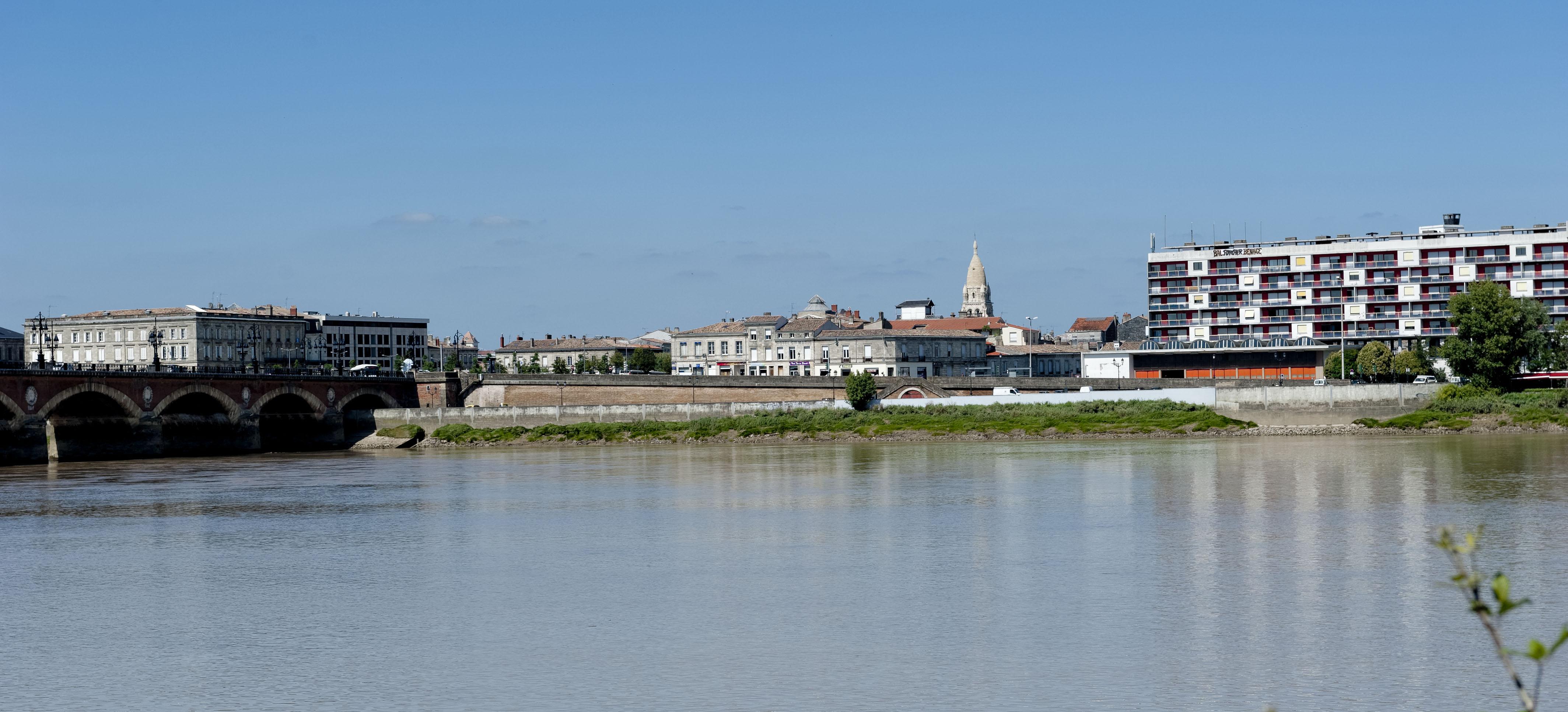 7529_Bordeaux long de Garonne