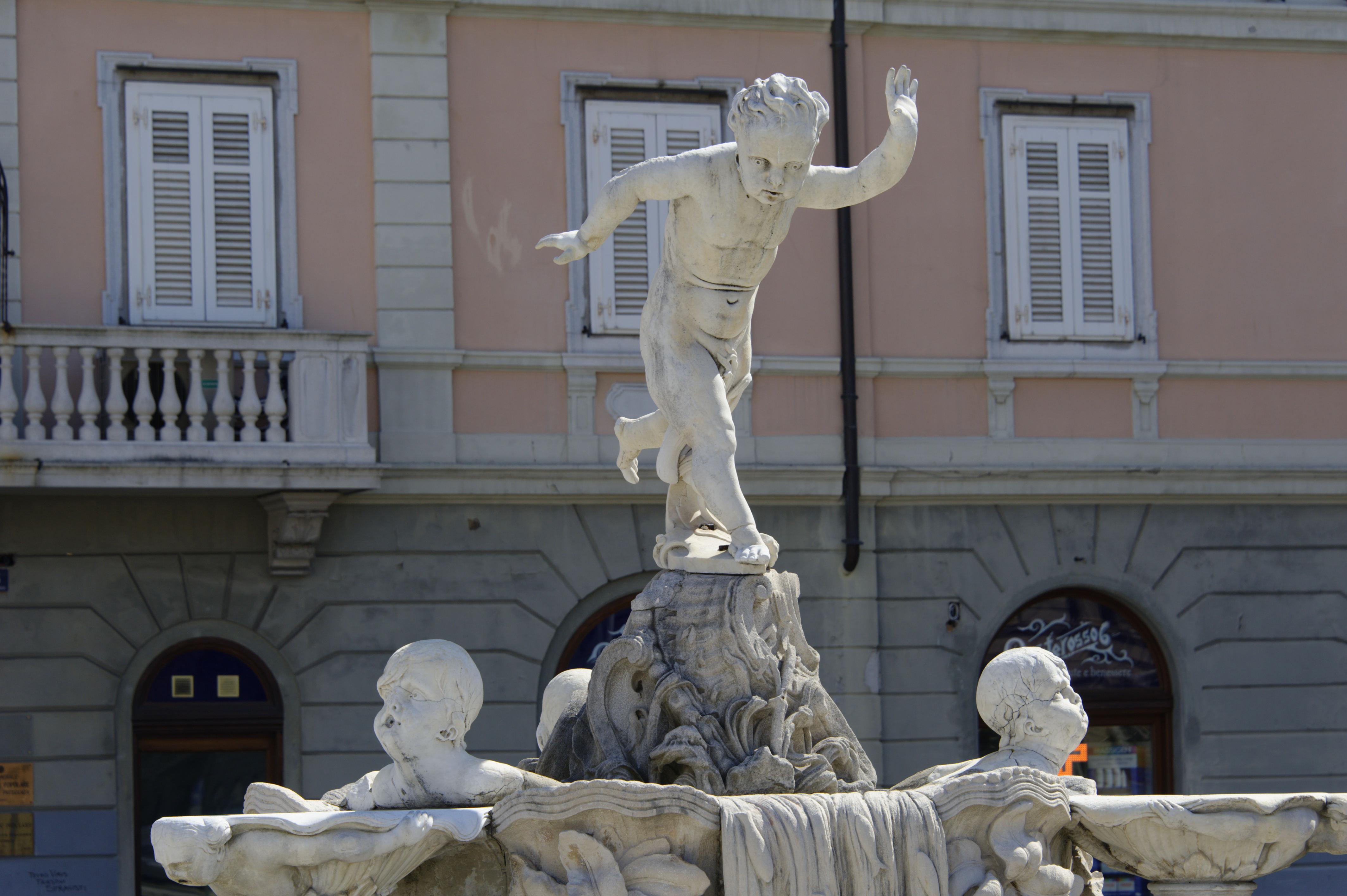 8818-Trieste