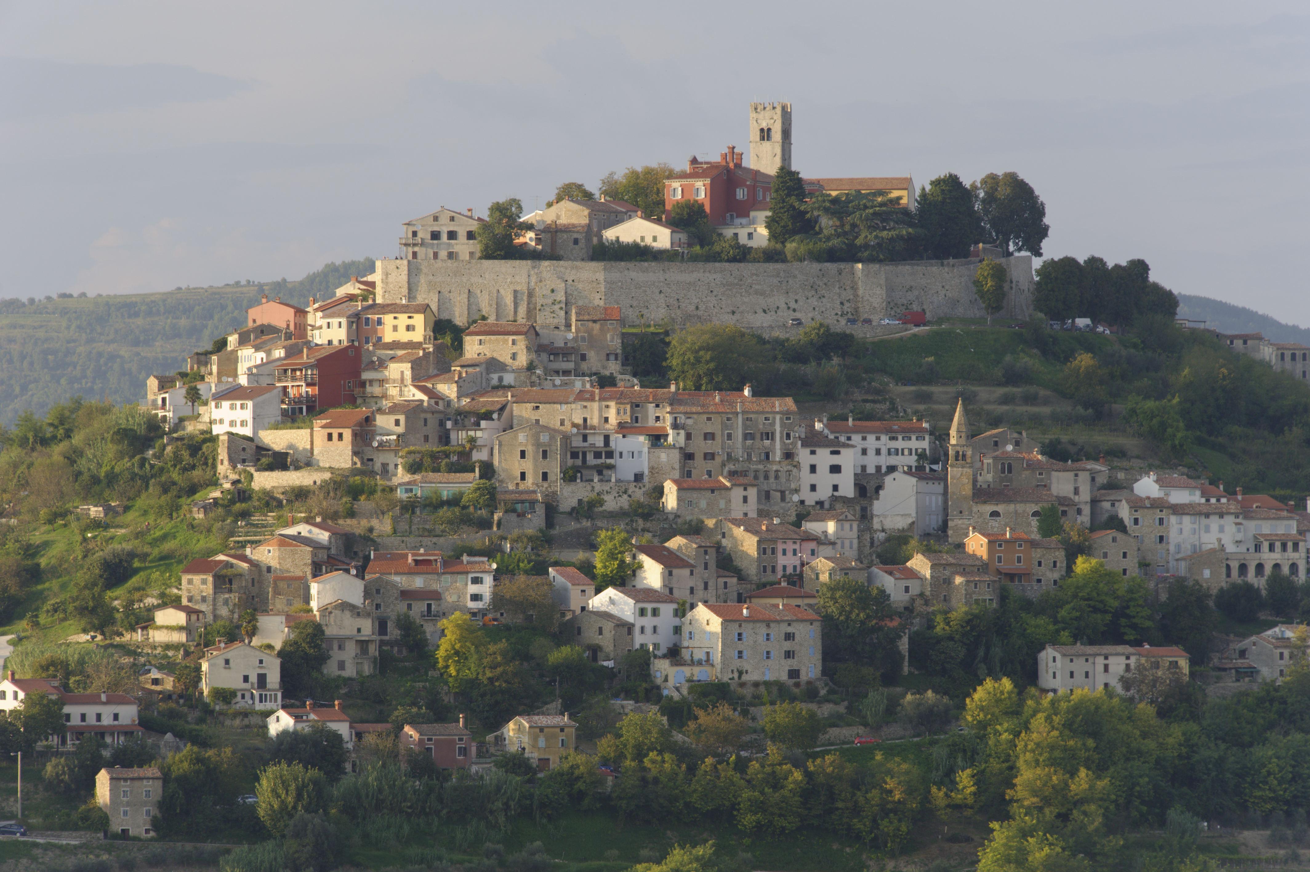 8873-Motovun (Istrie)