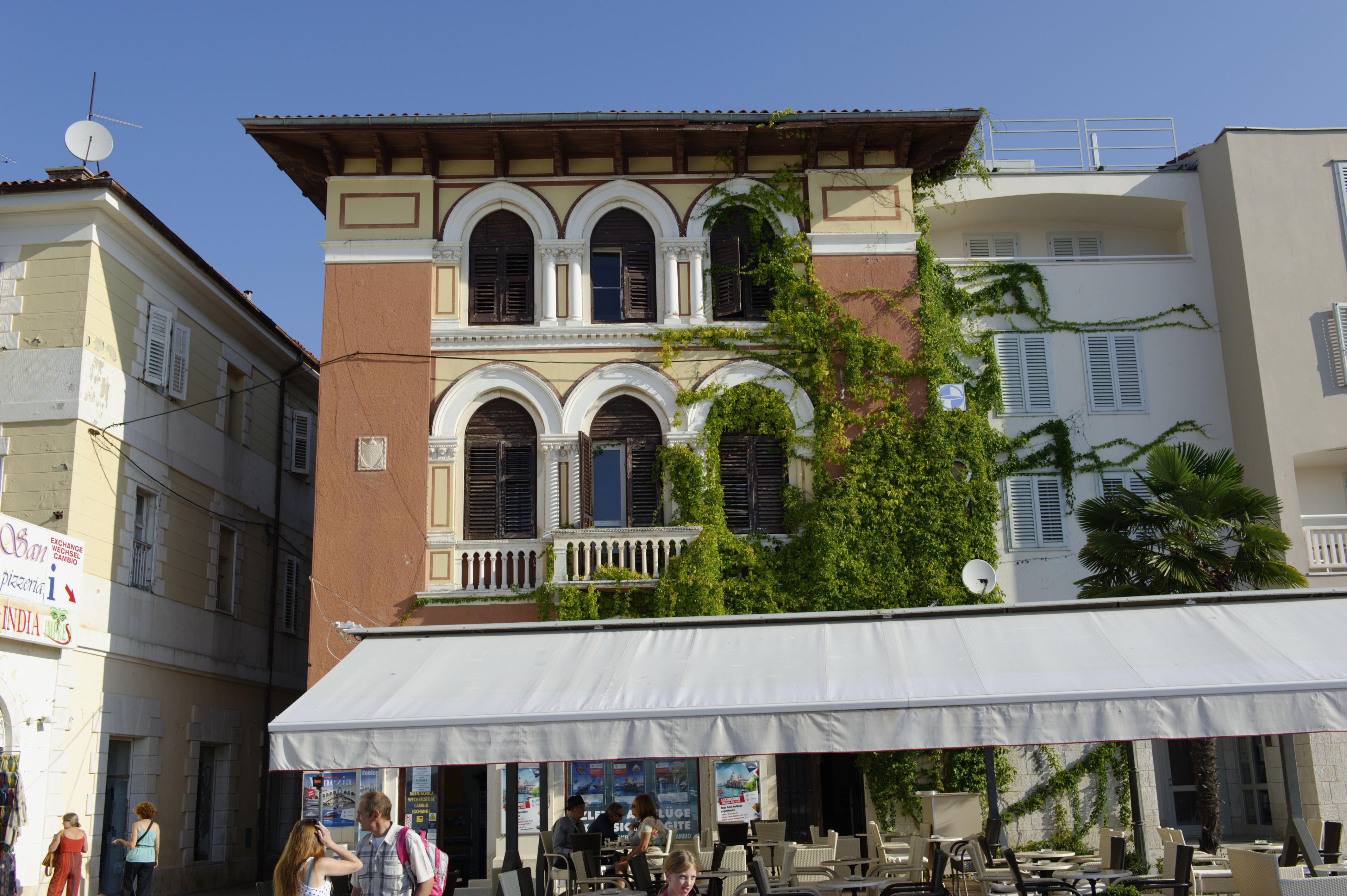 8928-Porec (Istrie)
