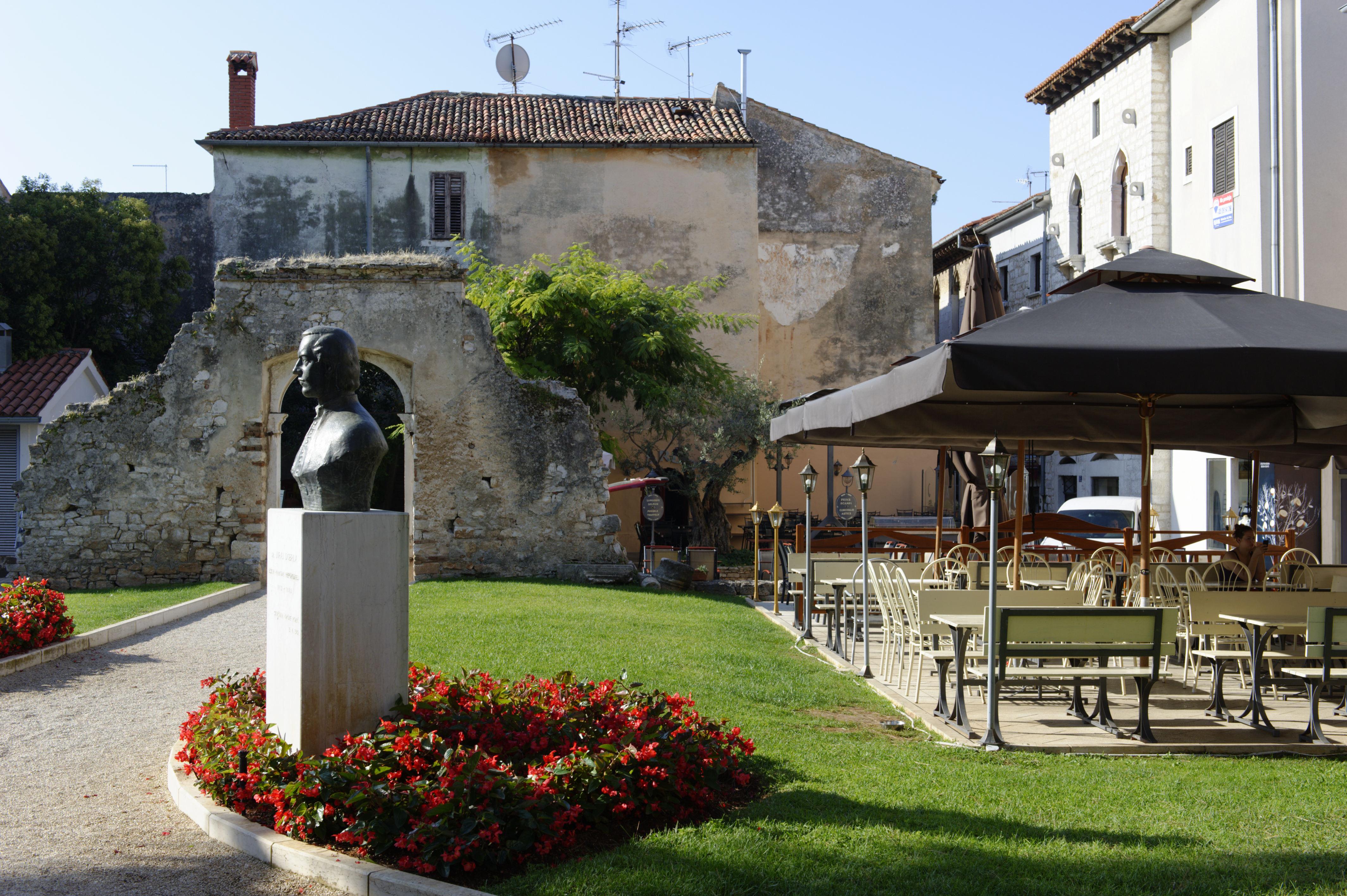 8951-Porec (Istrie)
