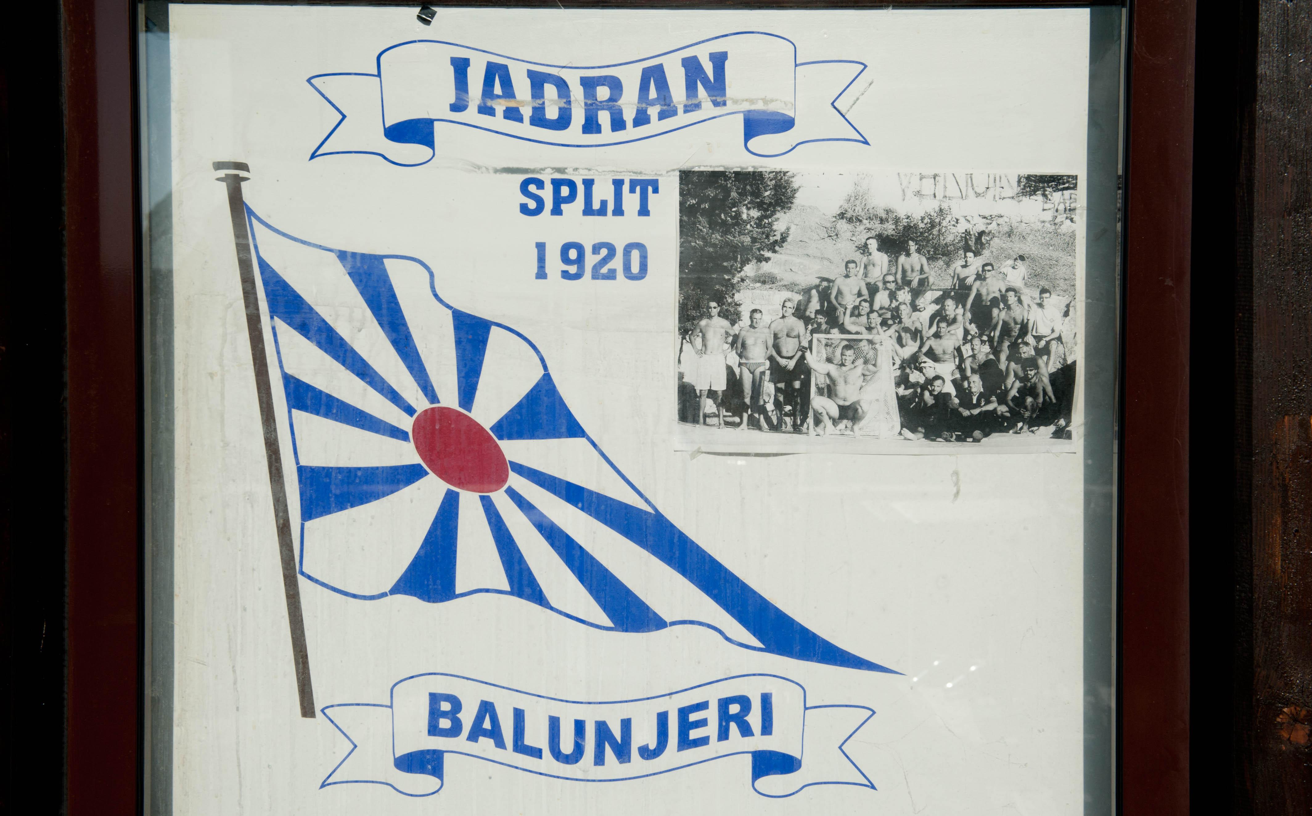 0361-Split - Jadran Balunjeri club house (Dalmatie centrale)