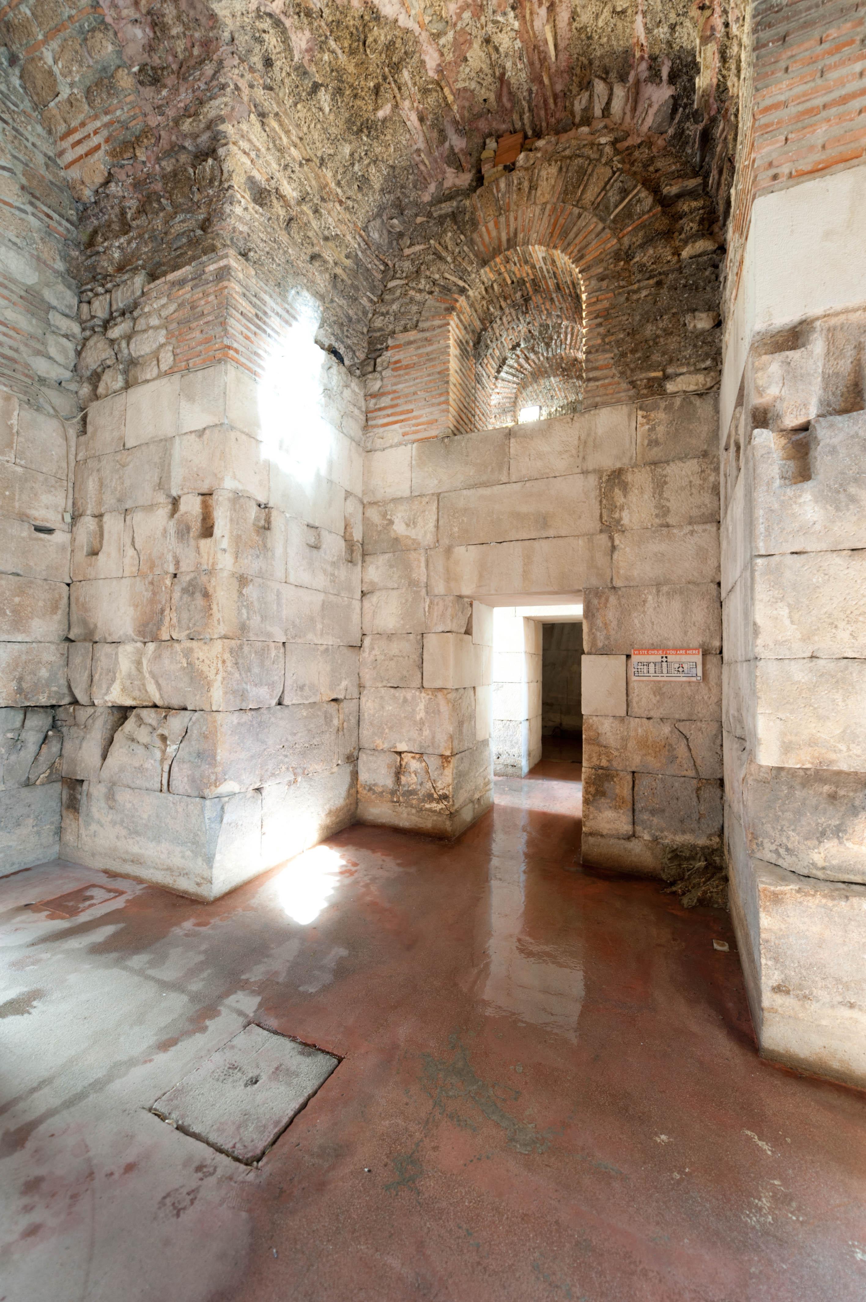 0421-Split (Dalmatie centrale)