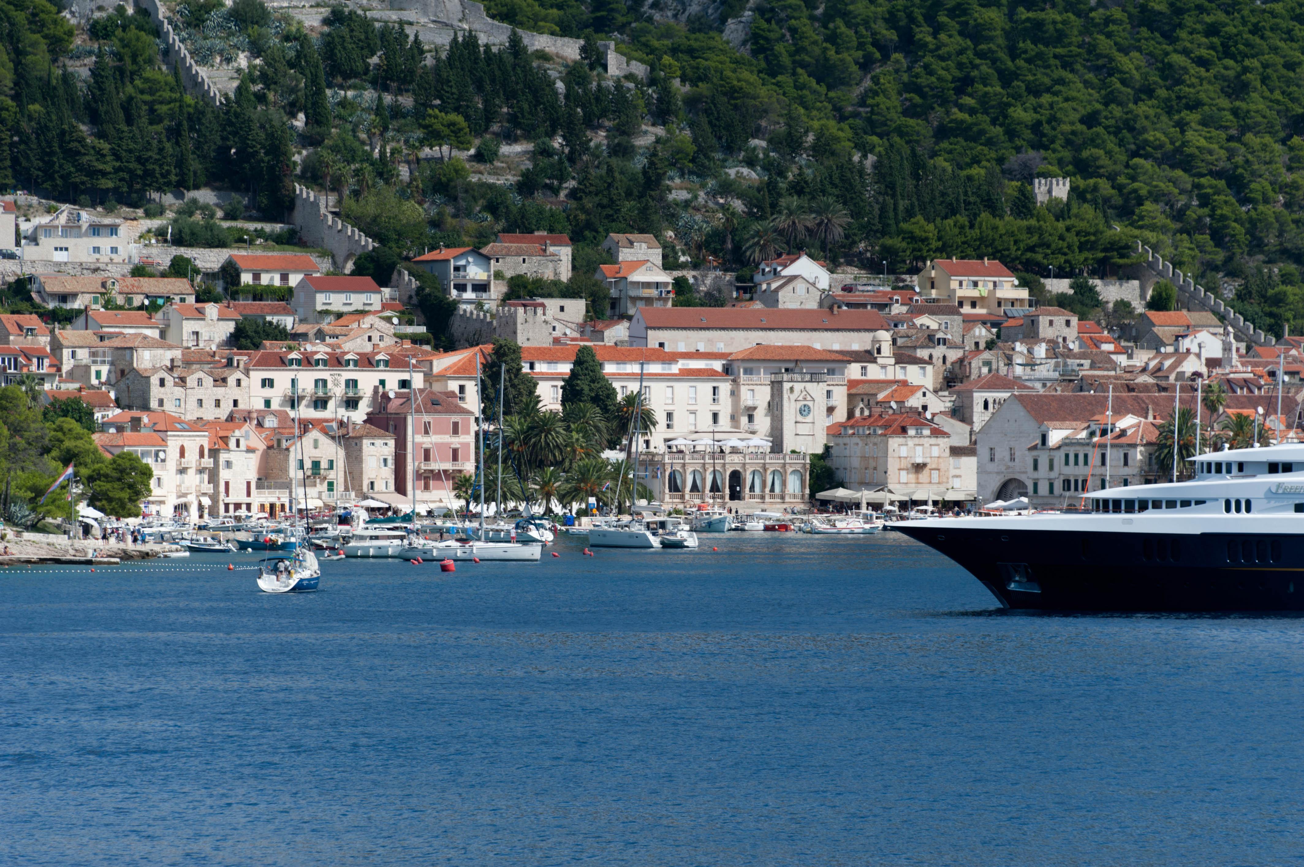 9851-Hvar (Dalmatie centrale)