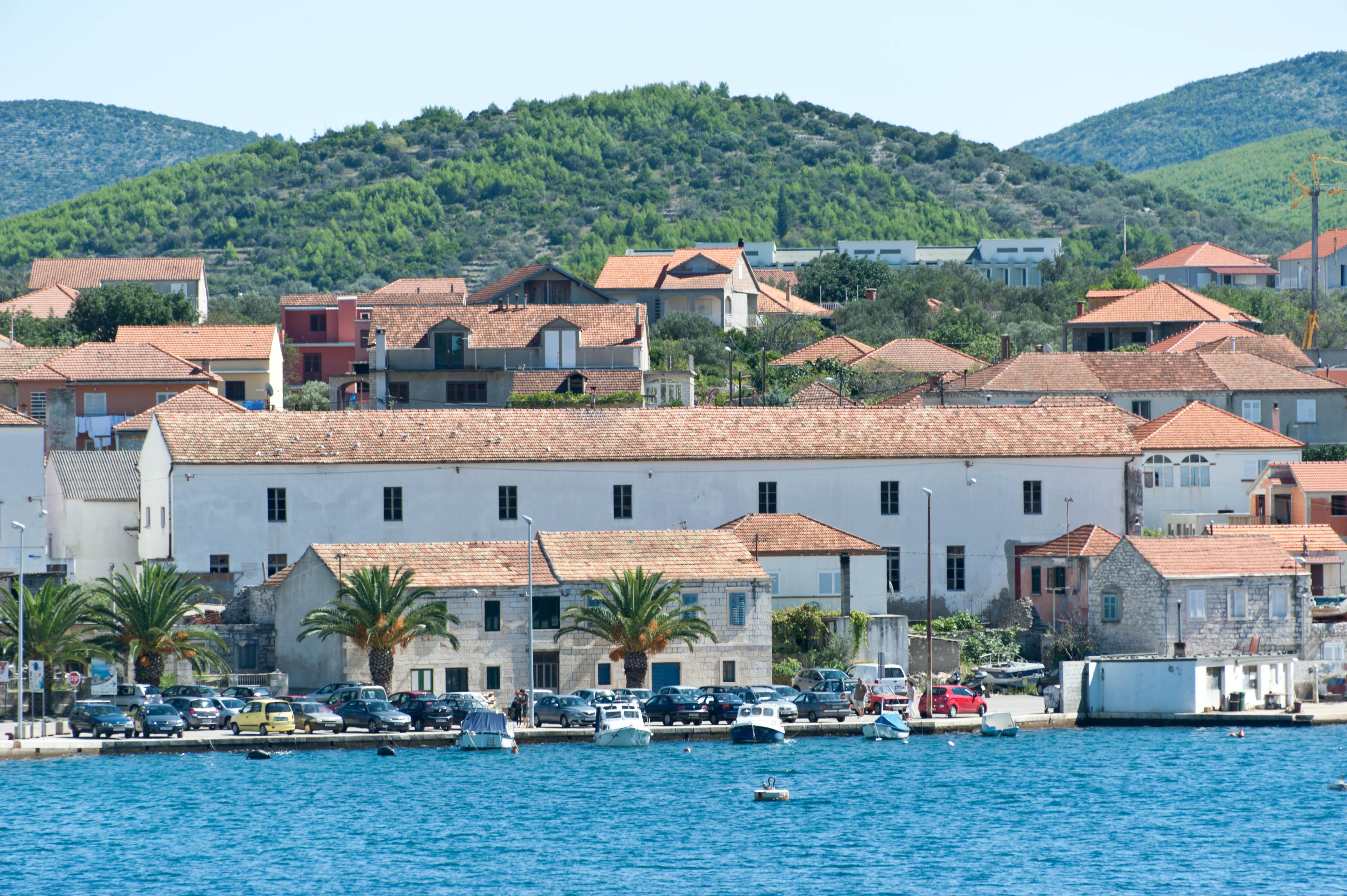 9899-Vela Luka - ile Korcula (Sud Dalmatie)