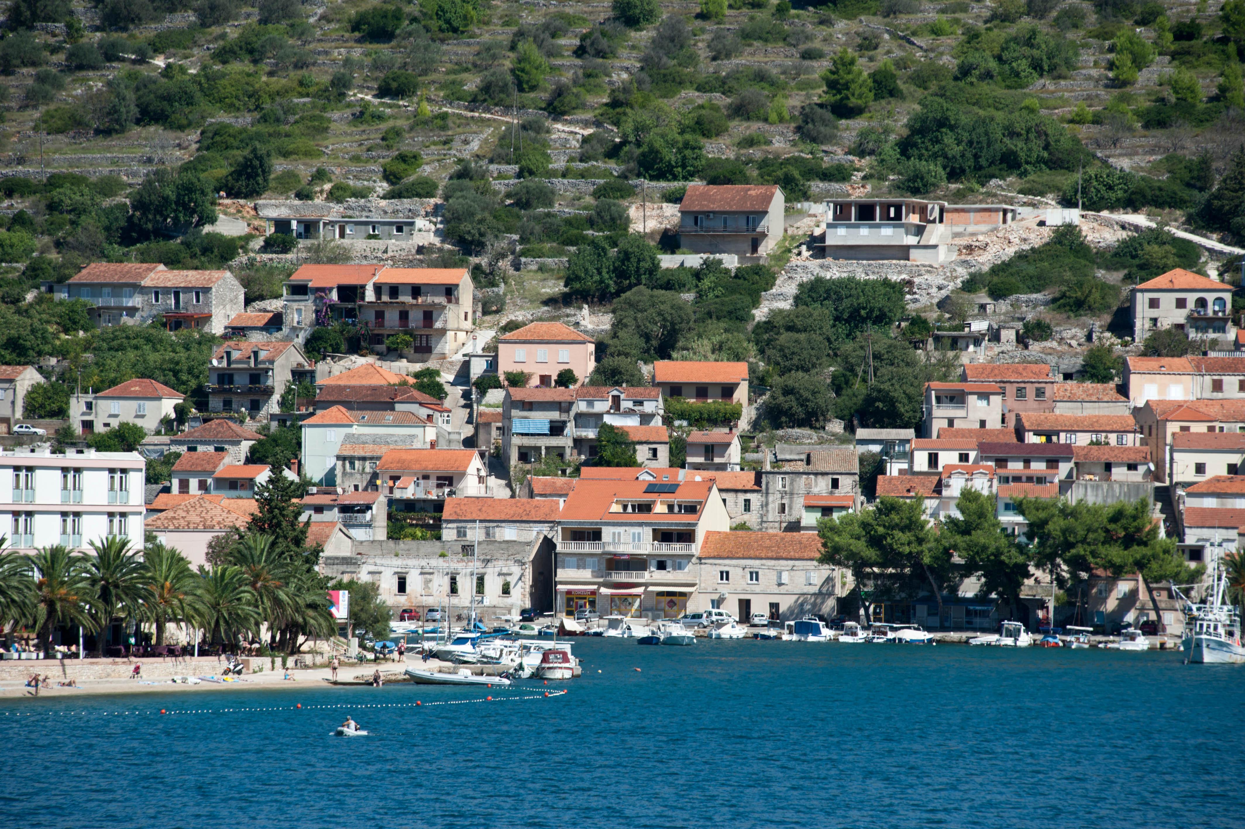 9902-Vela Luka - ile Korcula (Sud Dalmatie)