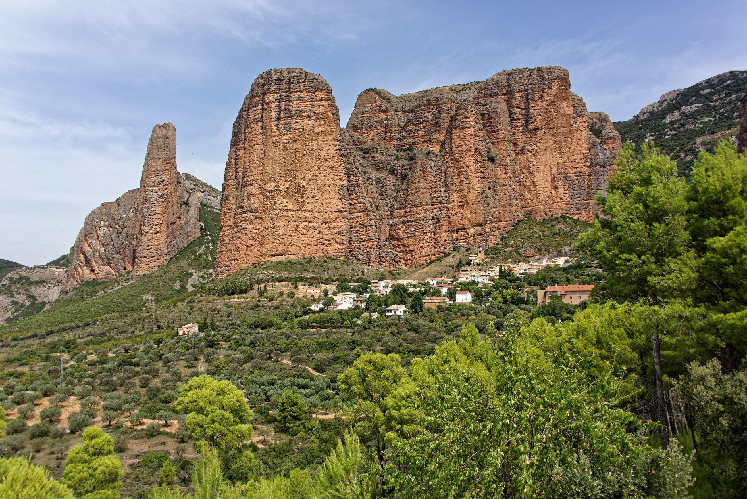 (7240) Mallos de Riglos (Aragon)