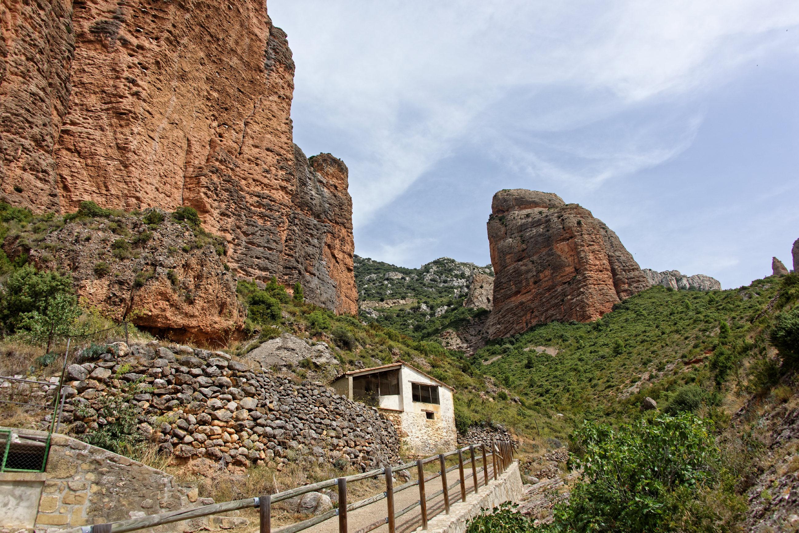 (7248) Mallos de Riglos (Aragon)