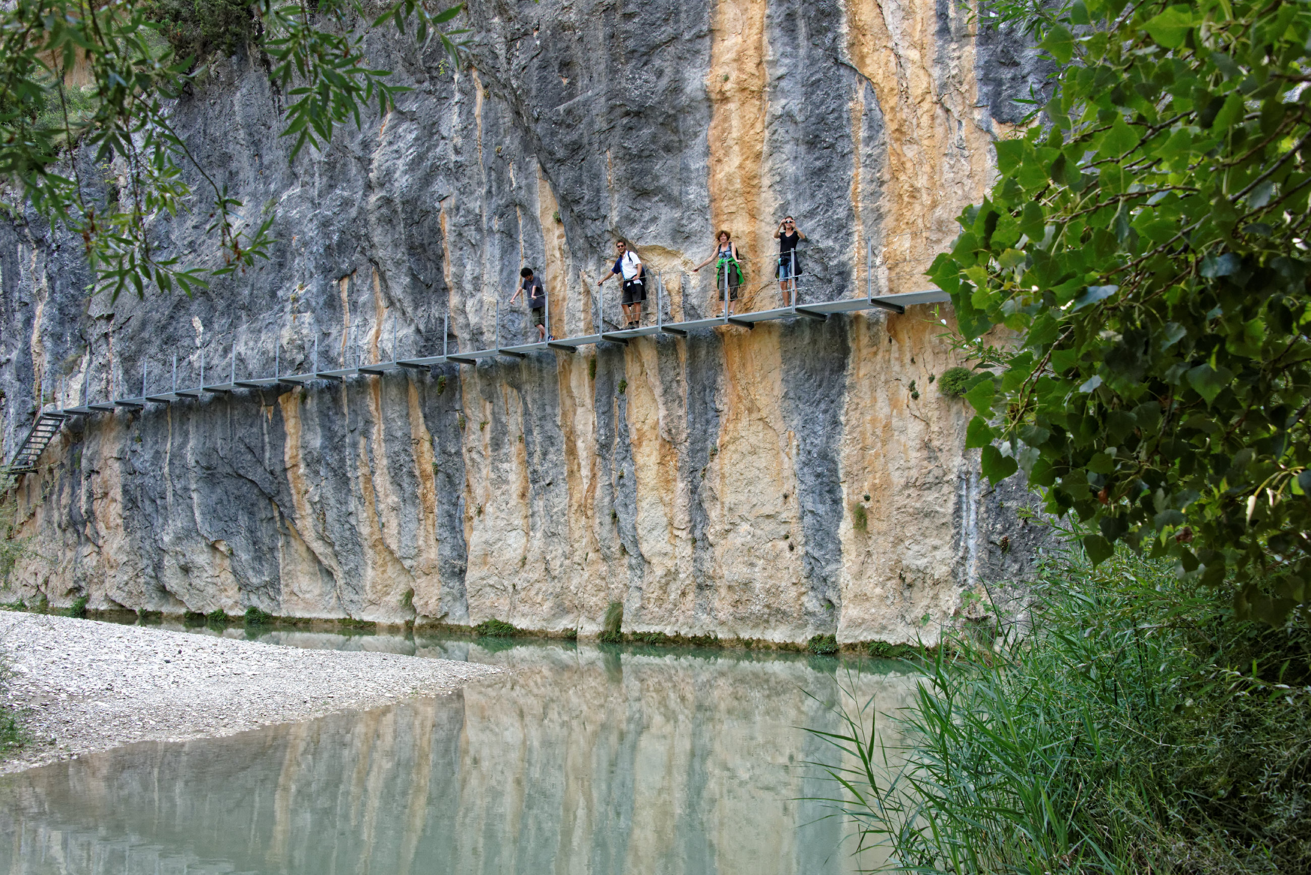 (7681) Alquezar - Sentier des passerelles ( Somontano)