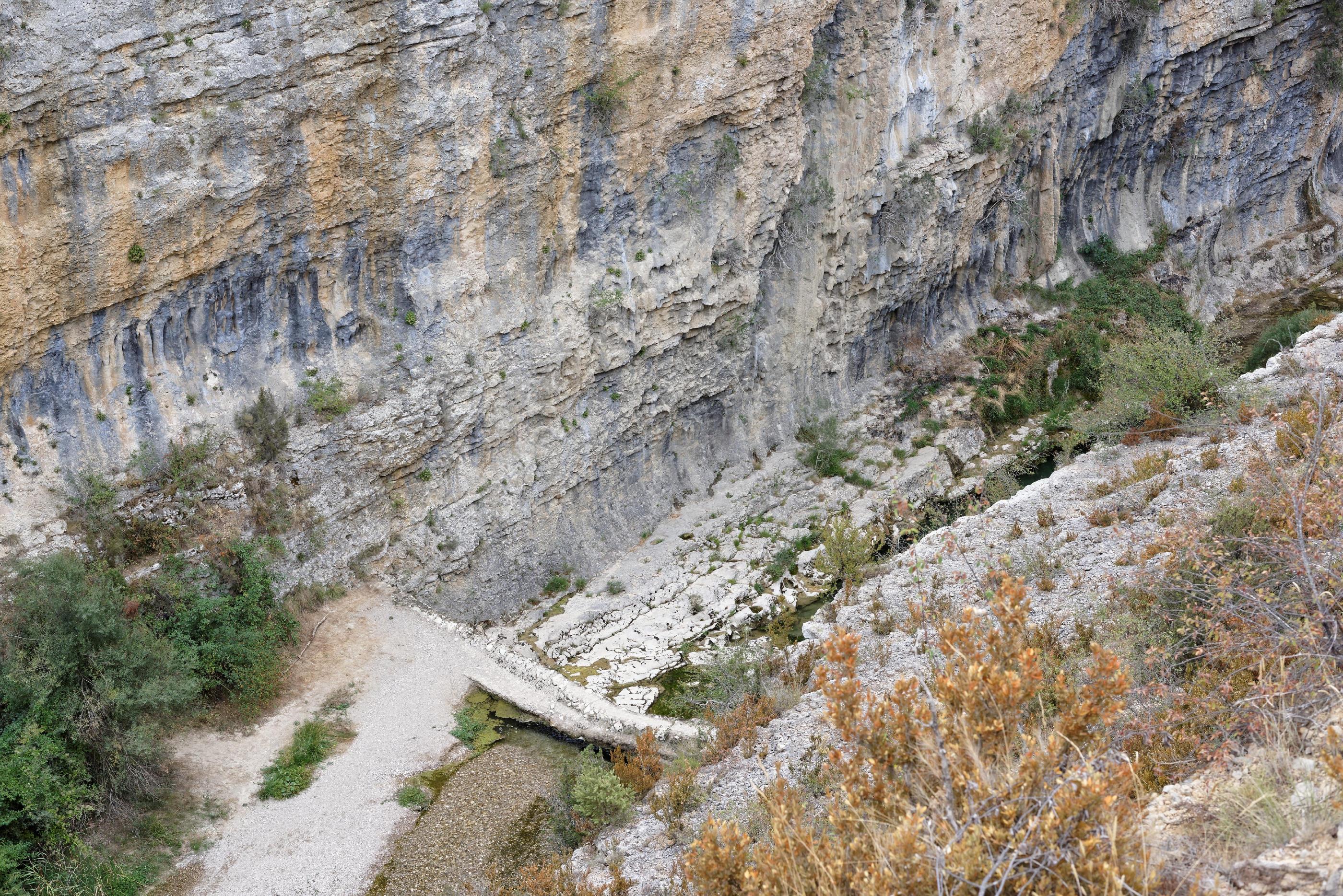 160909-lecina-marche-canyon-del-rio-vero-puente-de-villacantal-sierra-de-guara-aragon-17