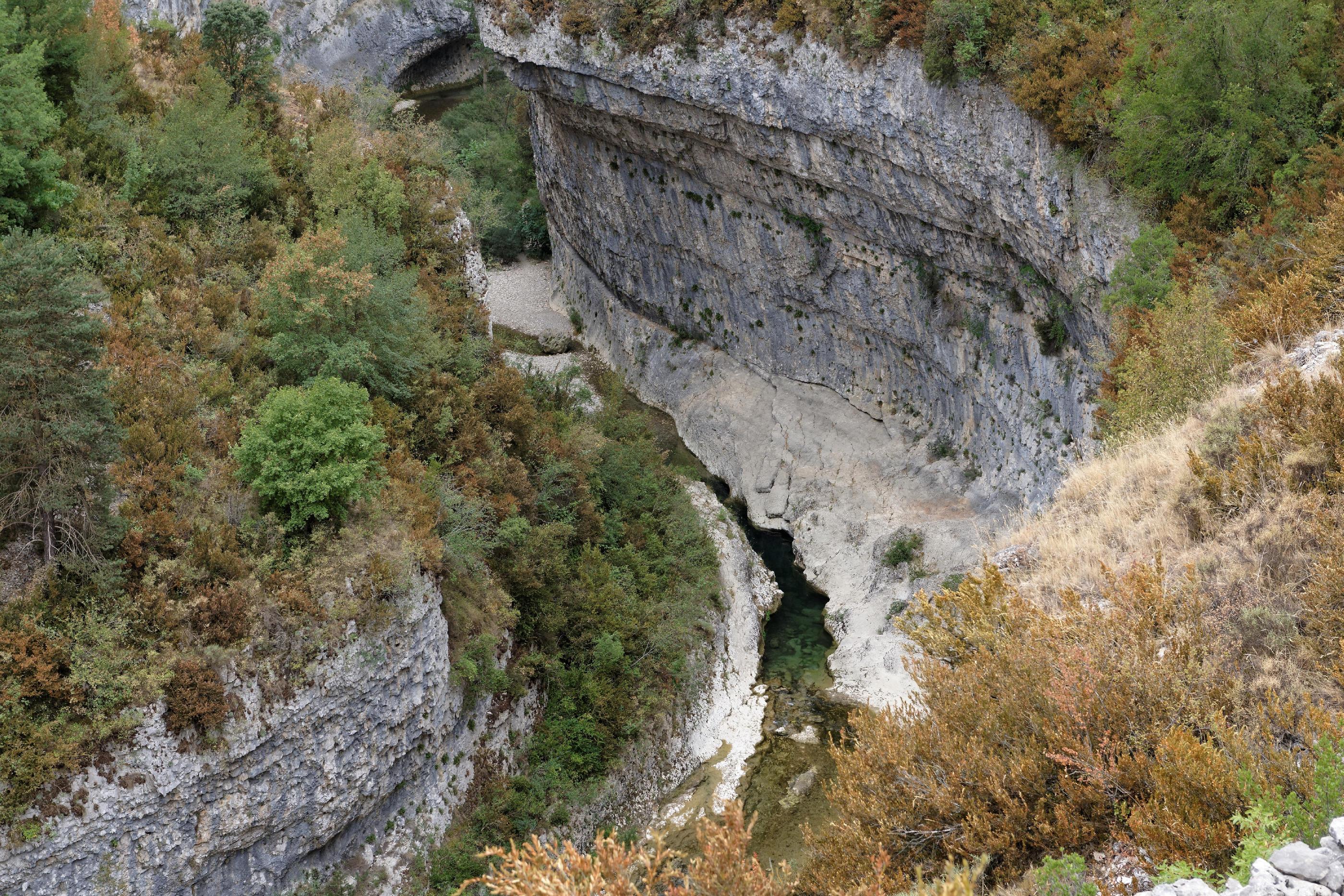 160909-lecina-marche-canyon-del-rio-vero-puente-de-villacantal-sierra-de-guara-aragon-22