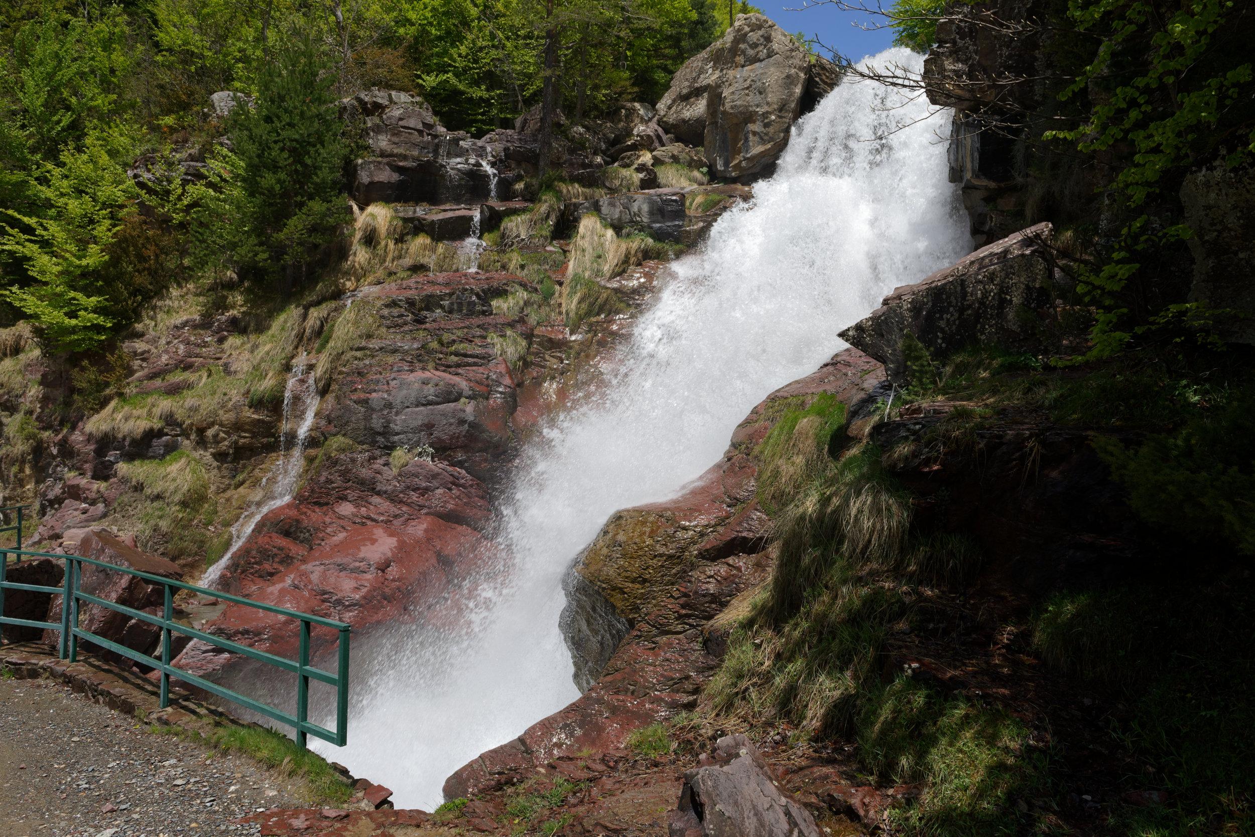 180522-Marche Cascades de la Larri (227) (Valle de Pineta-Sobrarbe-Aragon)