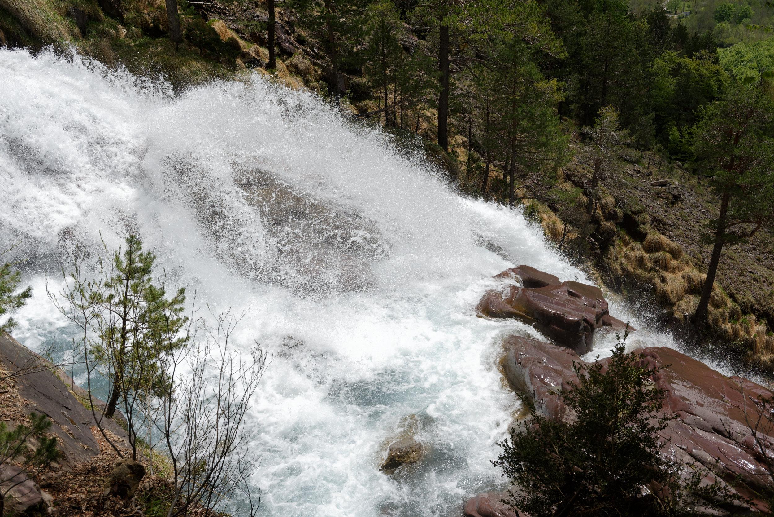 180522-Marche Cascades de la Larri (239) (Valle de Pineta-Sobrarbe-Aragon)