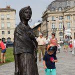 190623 (145) Un matin à Bordeaux - Autour d une statue