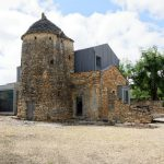 200706-(12) Maison vers chateau Lacoste (Périgord noir)