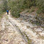 210211-(34) Marche Gorge d enfer - Erosion par les roues des charettes (Les Eyzies - Dordogne)